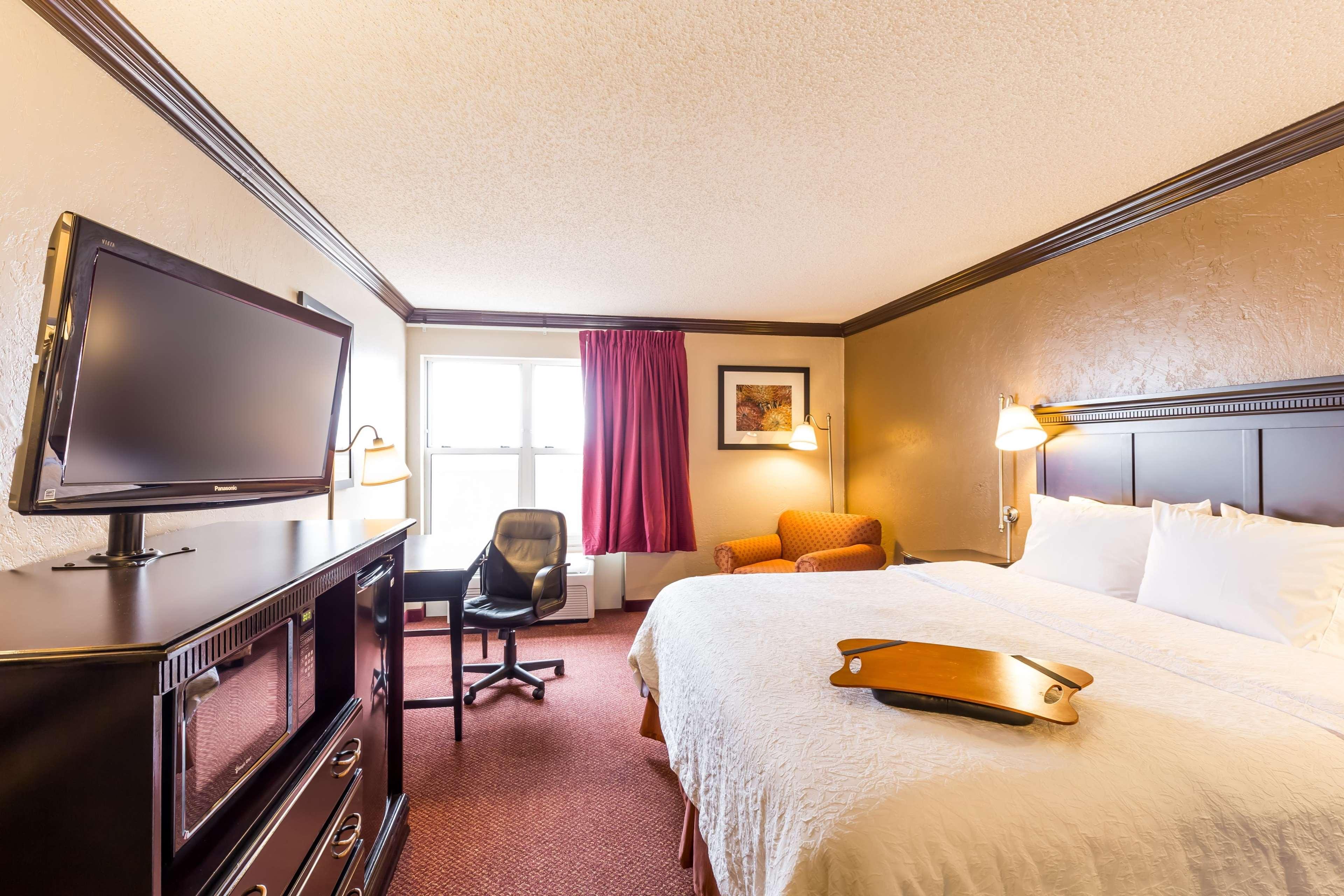 Hampton Inn & Suites Chicago/Hoffman Estates image 45