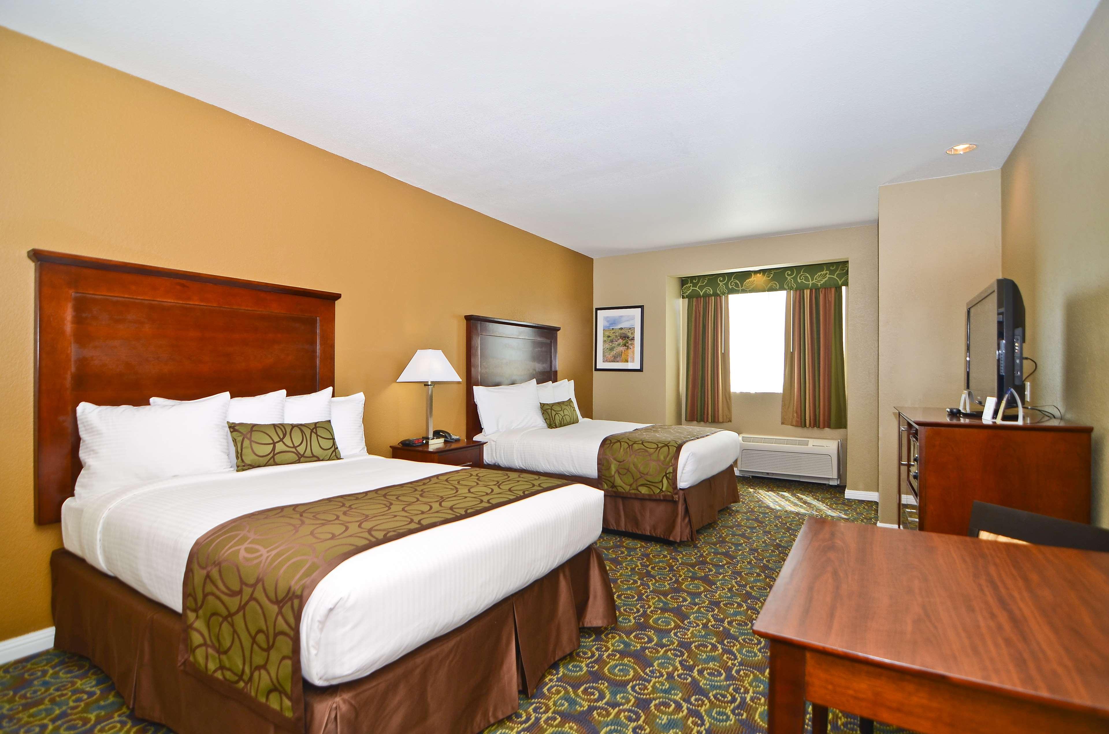 Best Western California City Inn & Suites image 23
