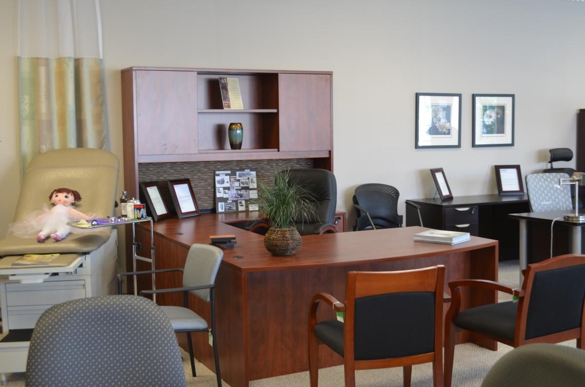 Expert Office Furniture & Design image 3