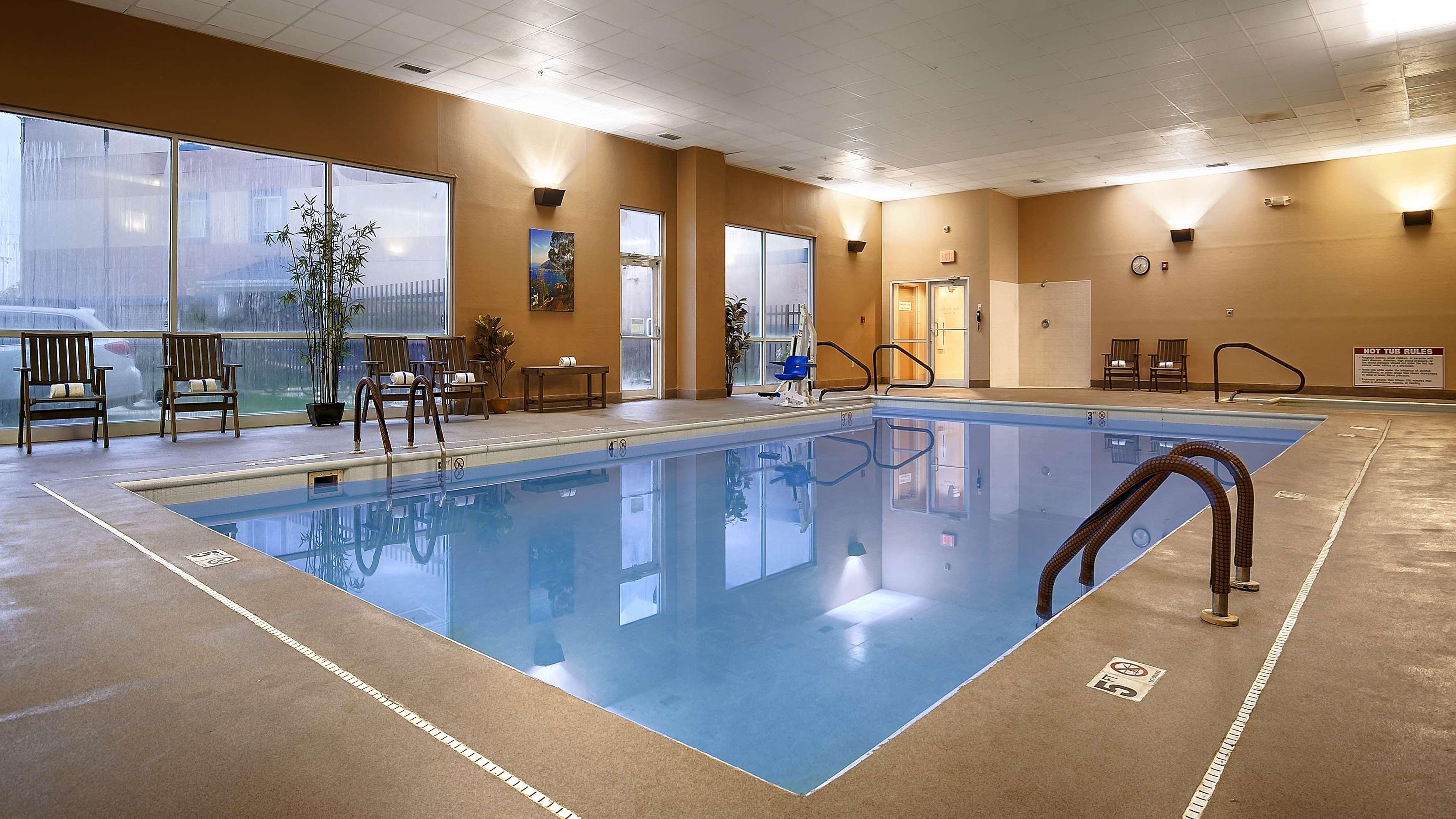 Best Western Plus Brandywine Inn & Suites image 17