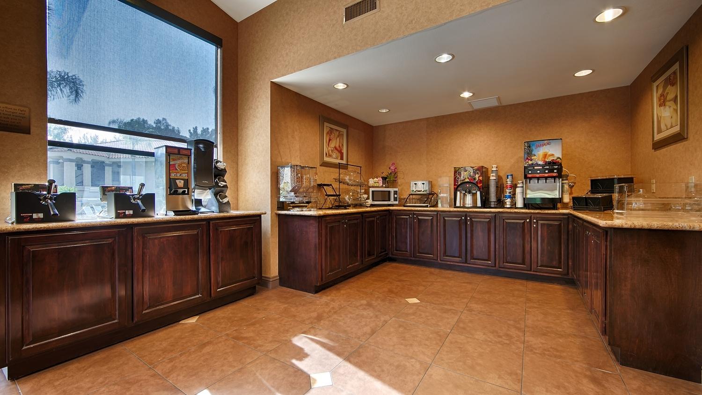 Best Western Diamond Bar Hotel & Suites image 5