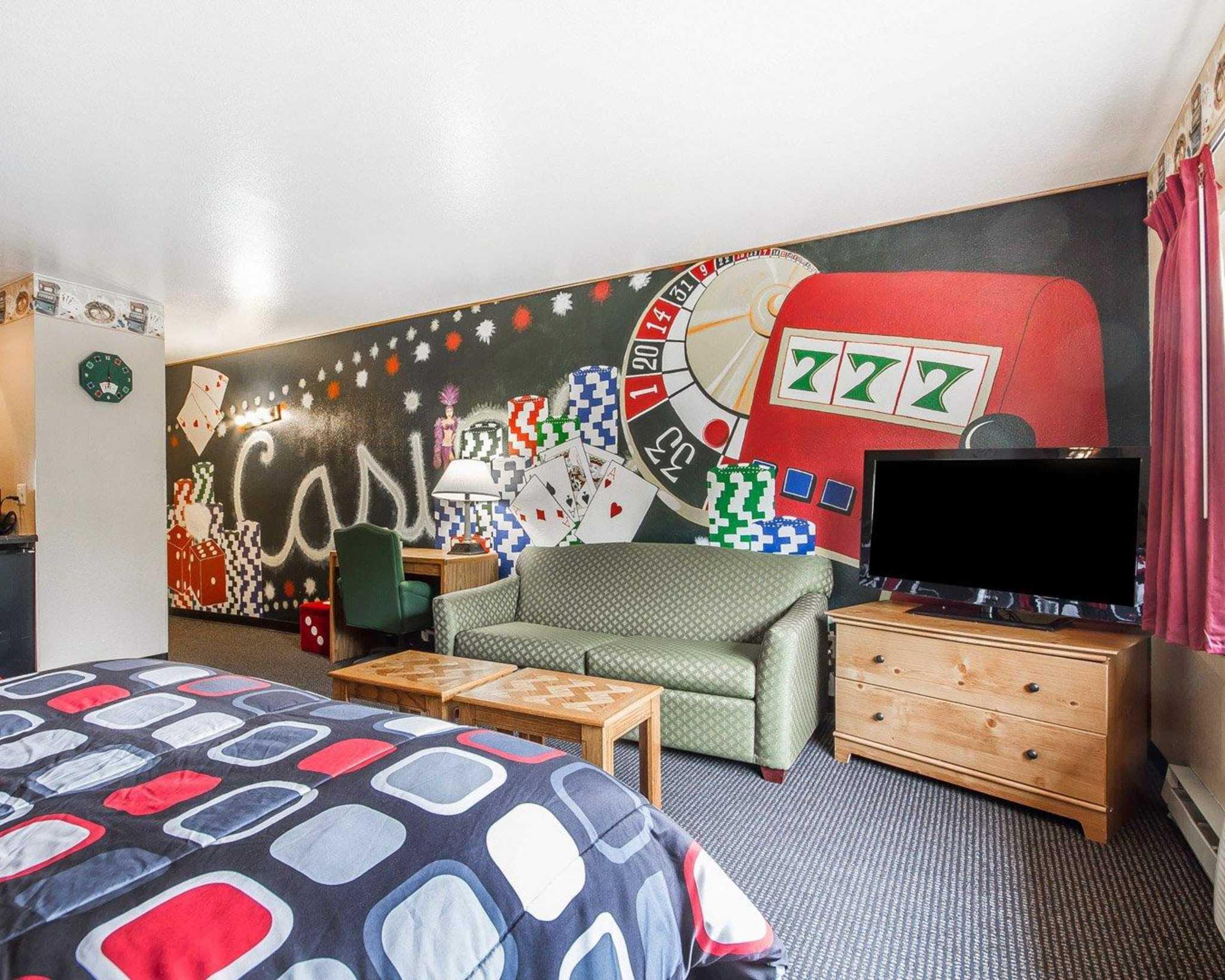 Rodeway Inn & Suites WI Madison-Northeast image 13