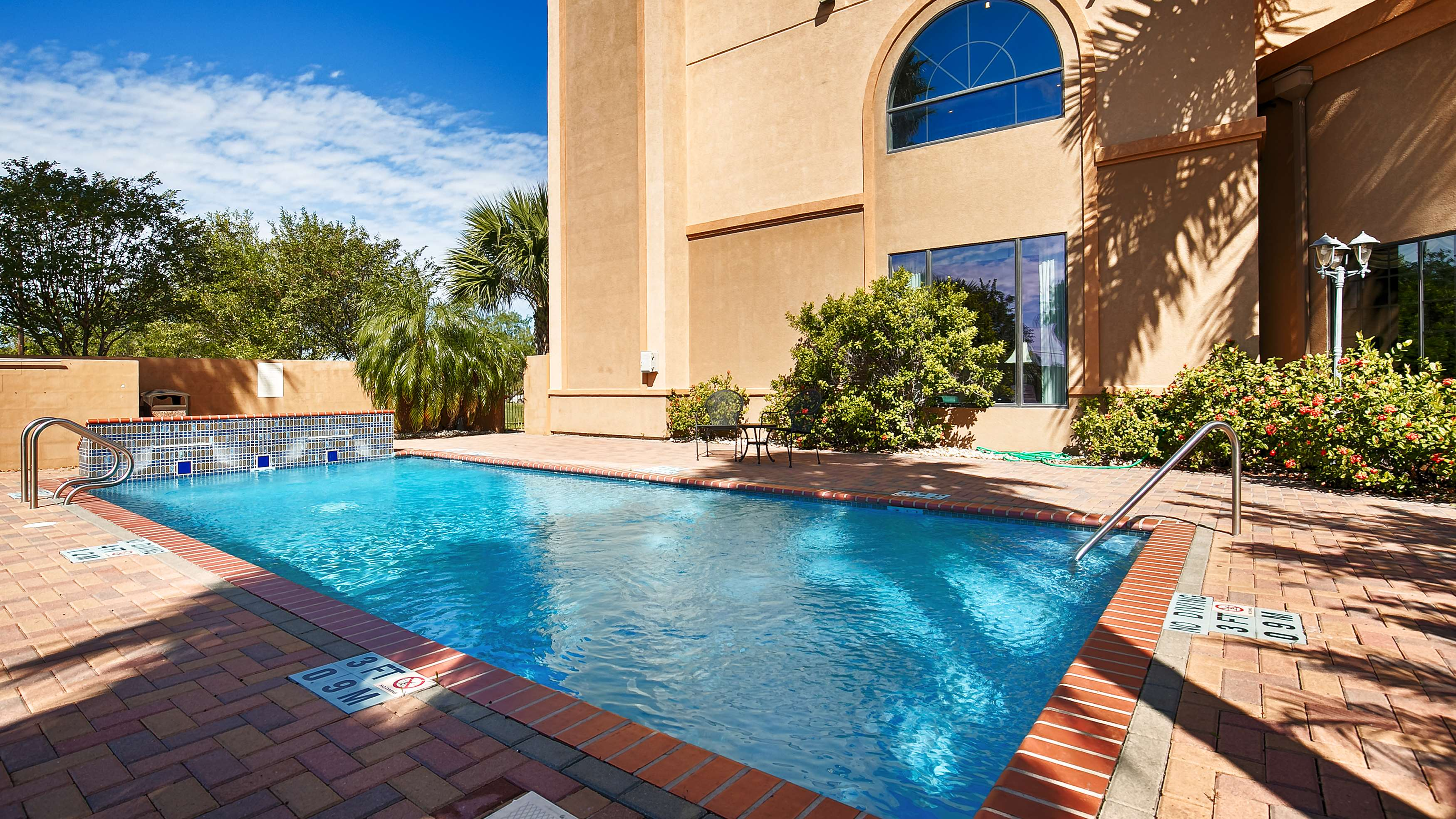 Best Western Casa Villa Suites image 6