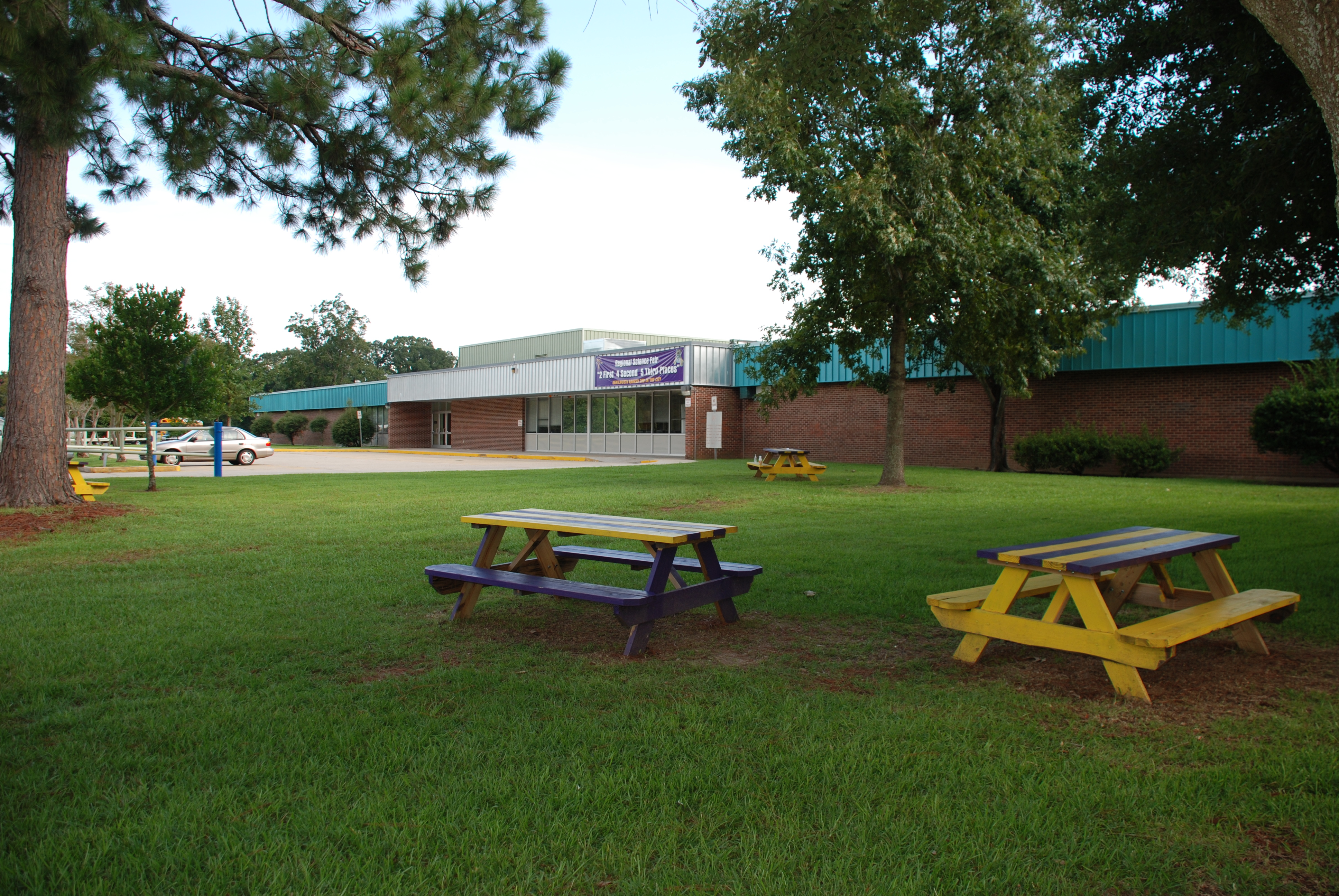 Kenilworth Science and Technology Charter School