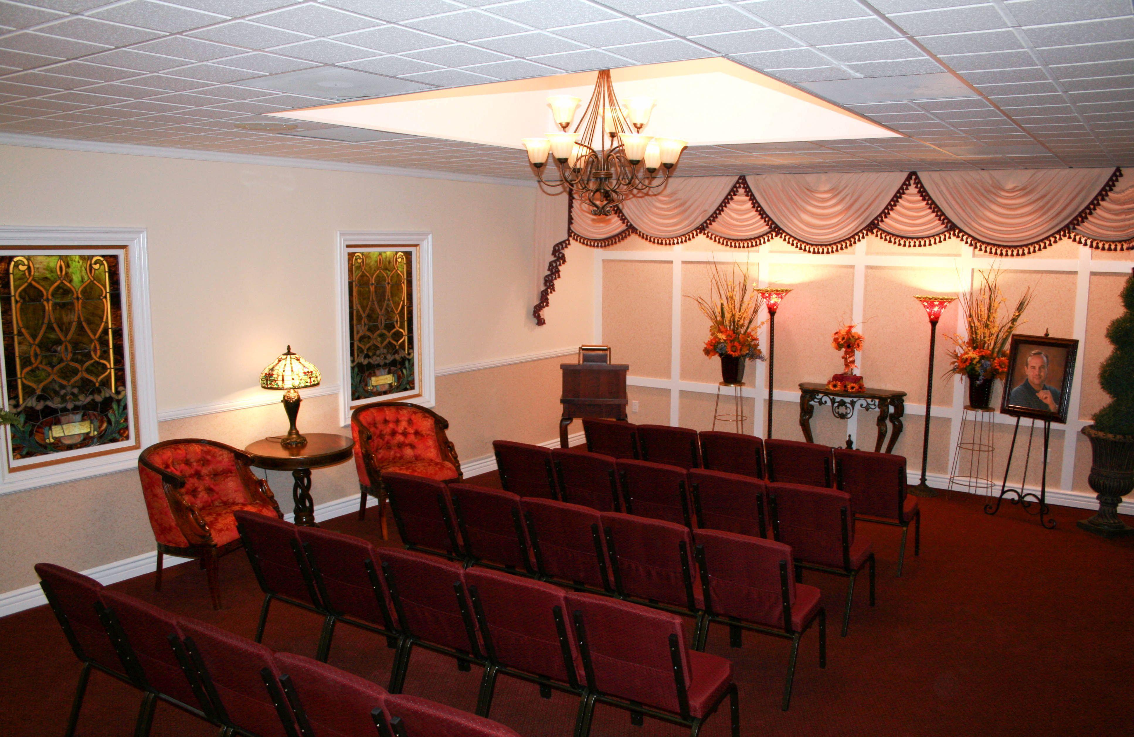 Hadley Marcom Funeral Chapel