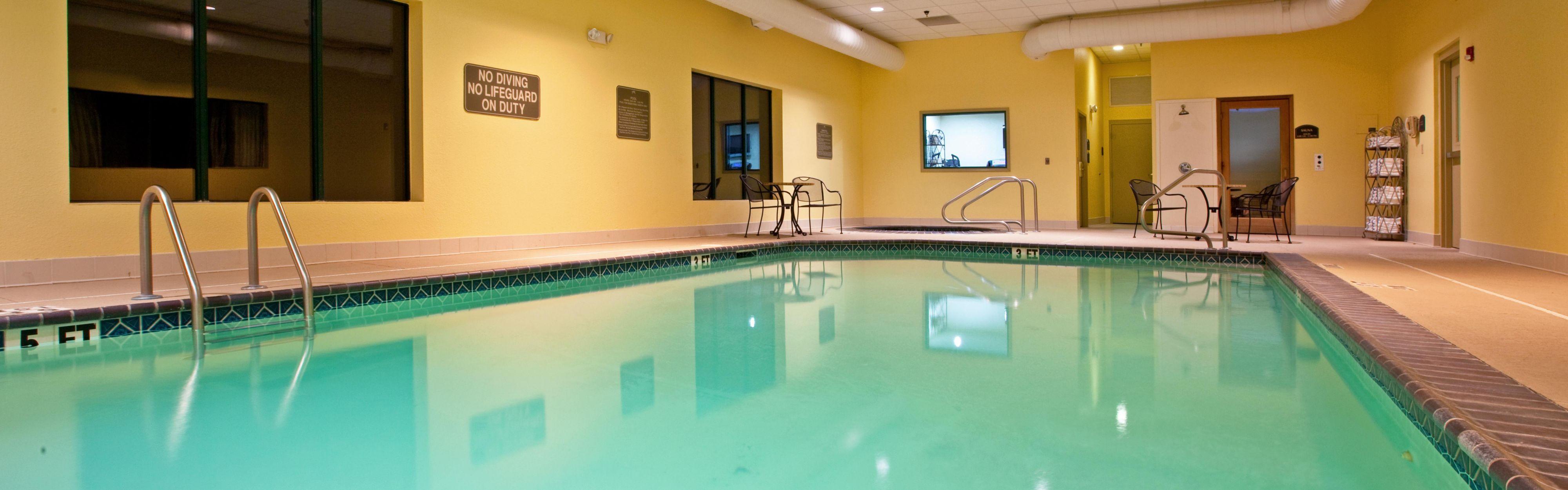 Holiday Inn Express Murray image 1