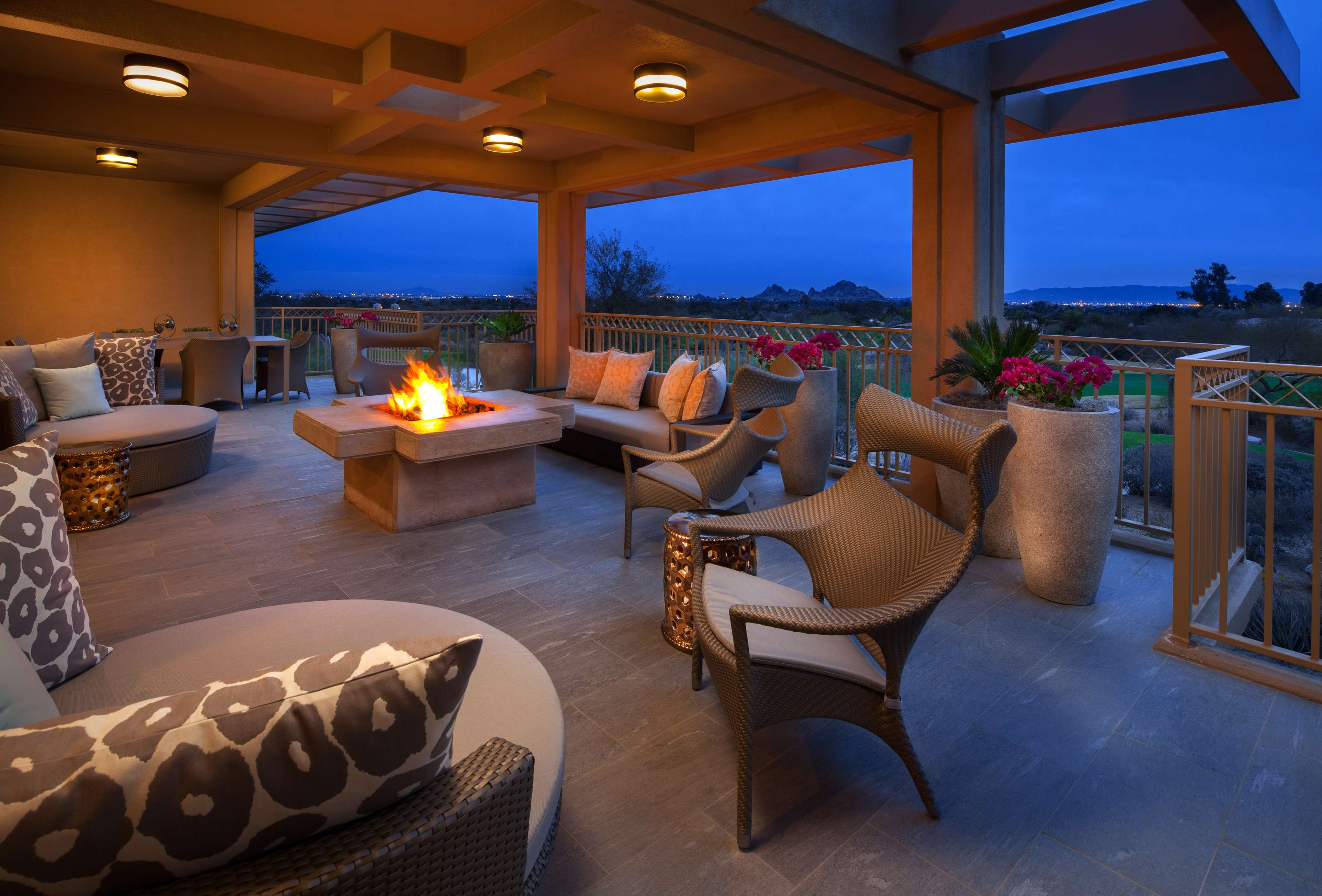 The Canyon Suites at The Phoenician, a Luxury Collection Resort, Scottsdale image 30