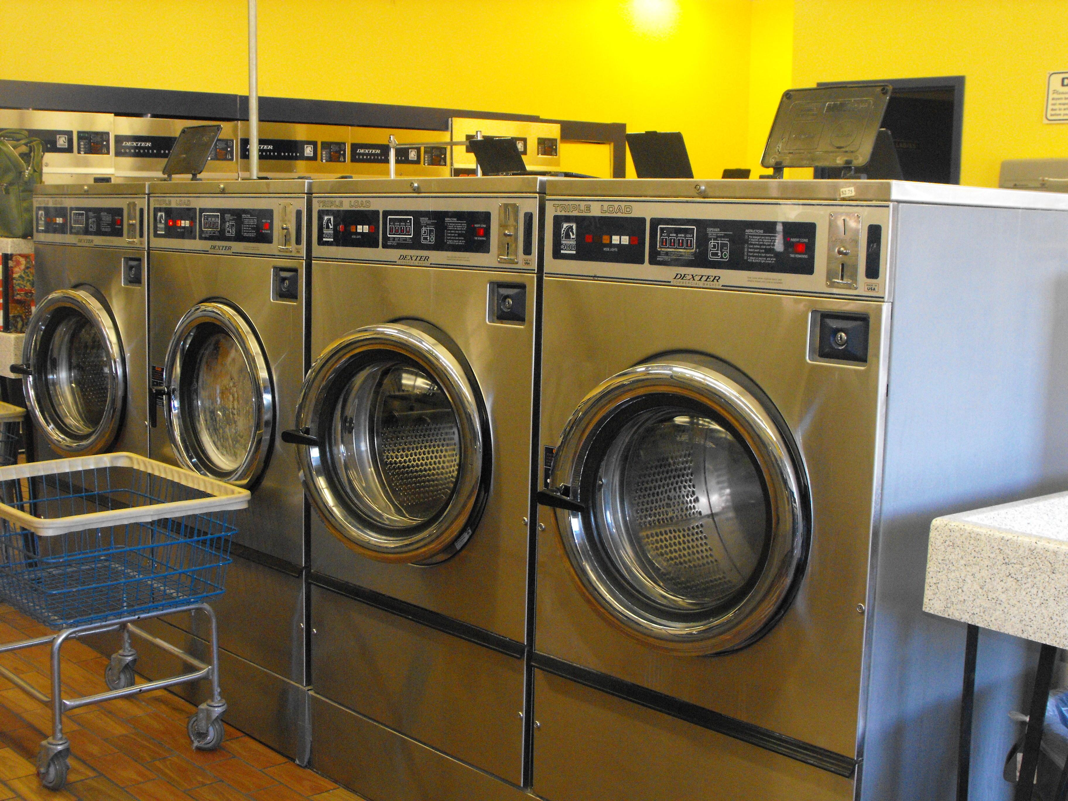 Vandalia Coin Laundry and Car Wash image 1