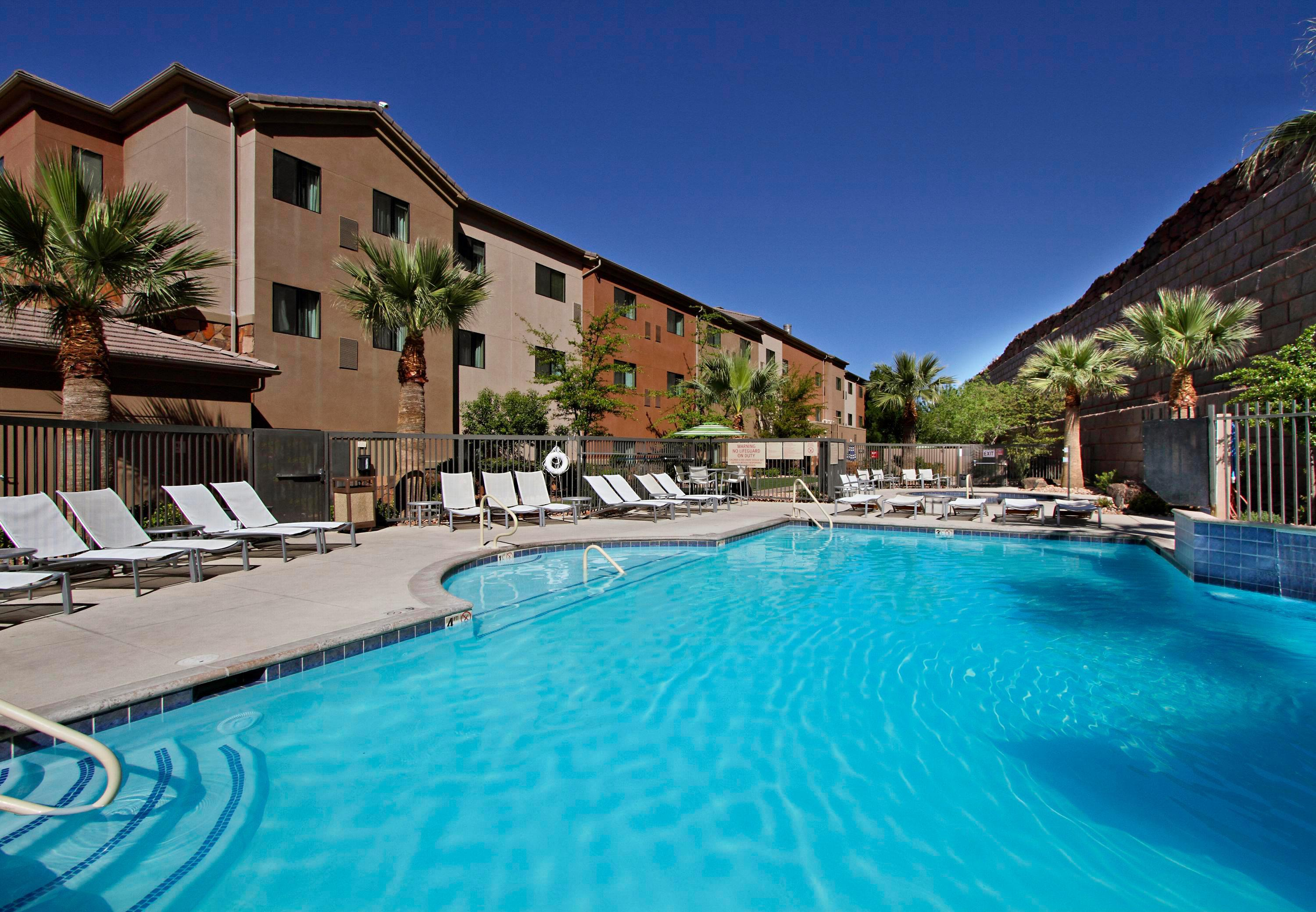 TownePlace Suites by Marriott St. George image 3