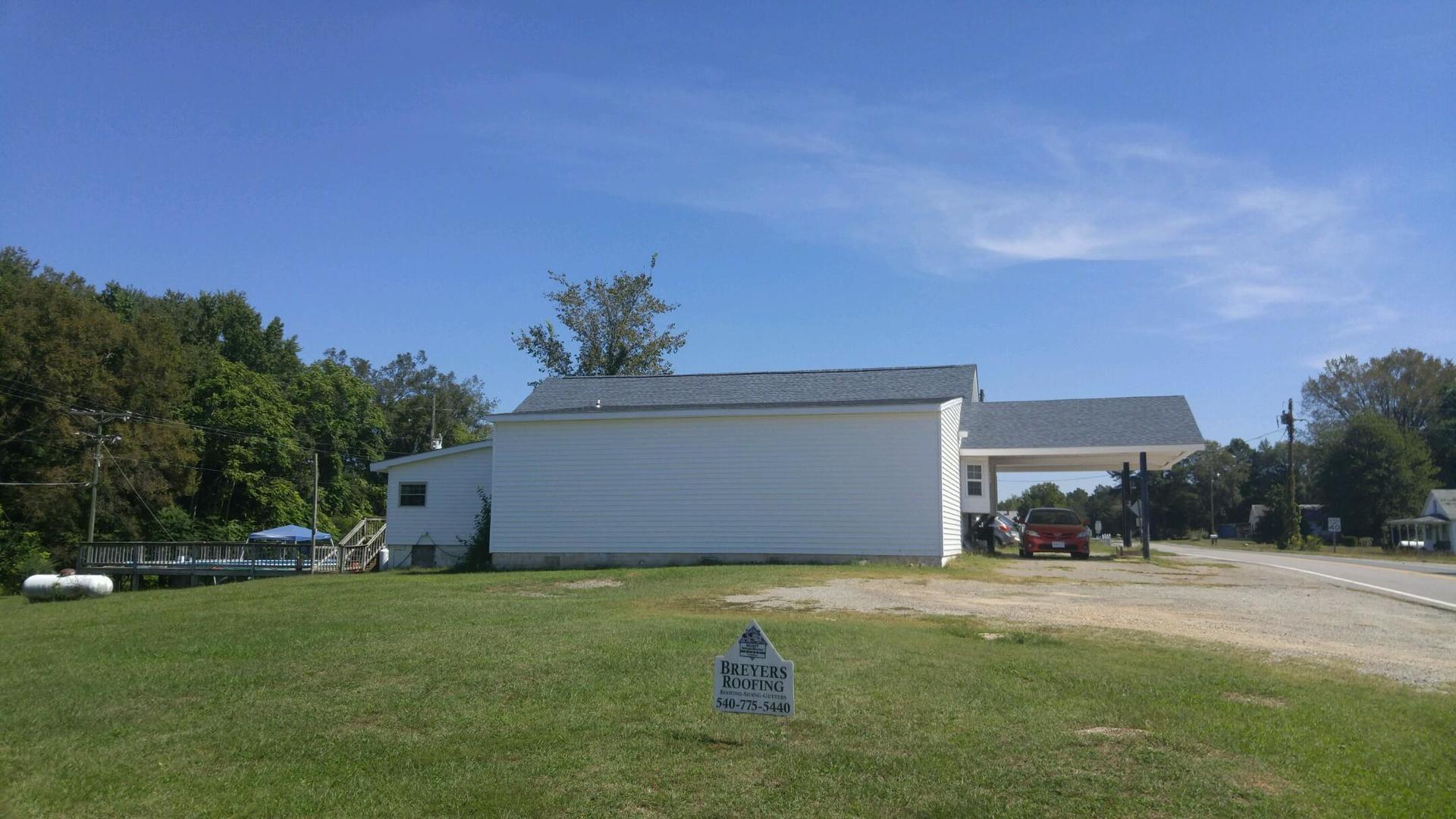 Breyer's Roofing image 2