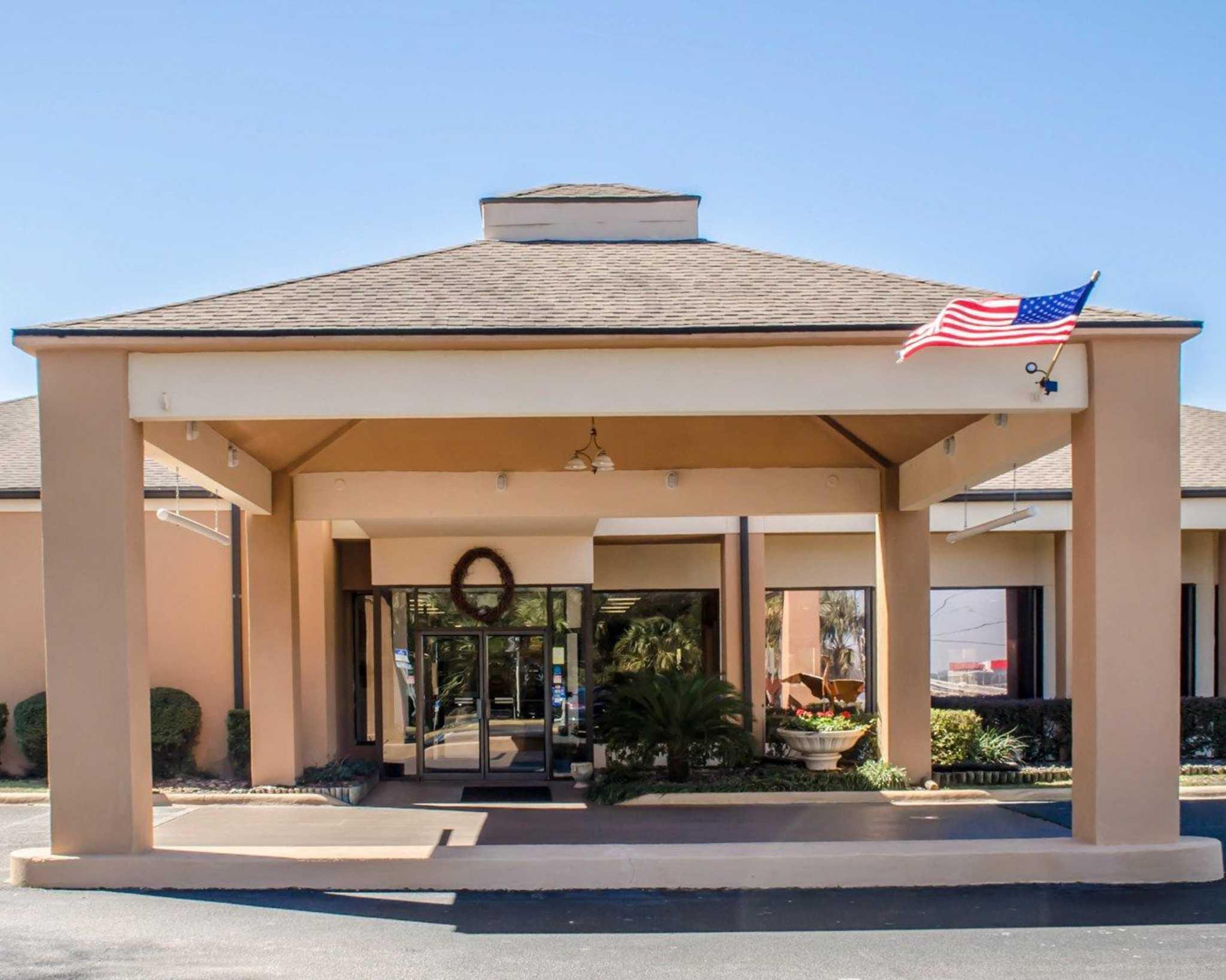 Quality Inn & Suites Pensacola Bayview in Pensacola, FL, photo #36