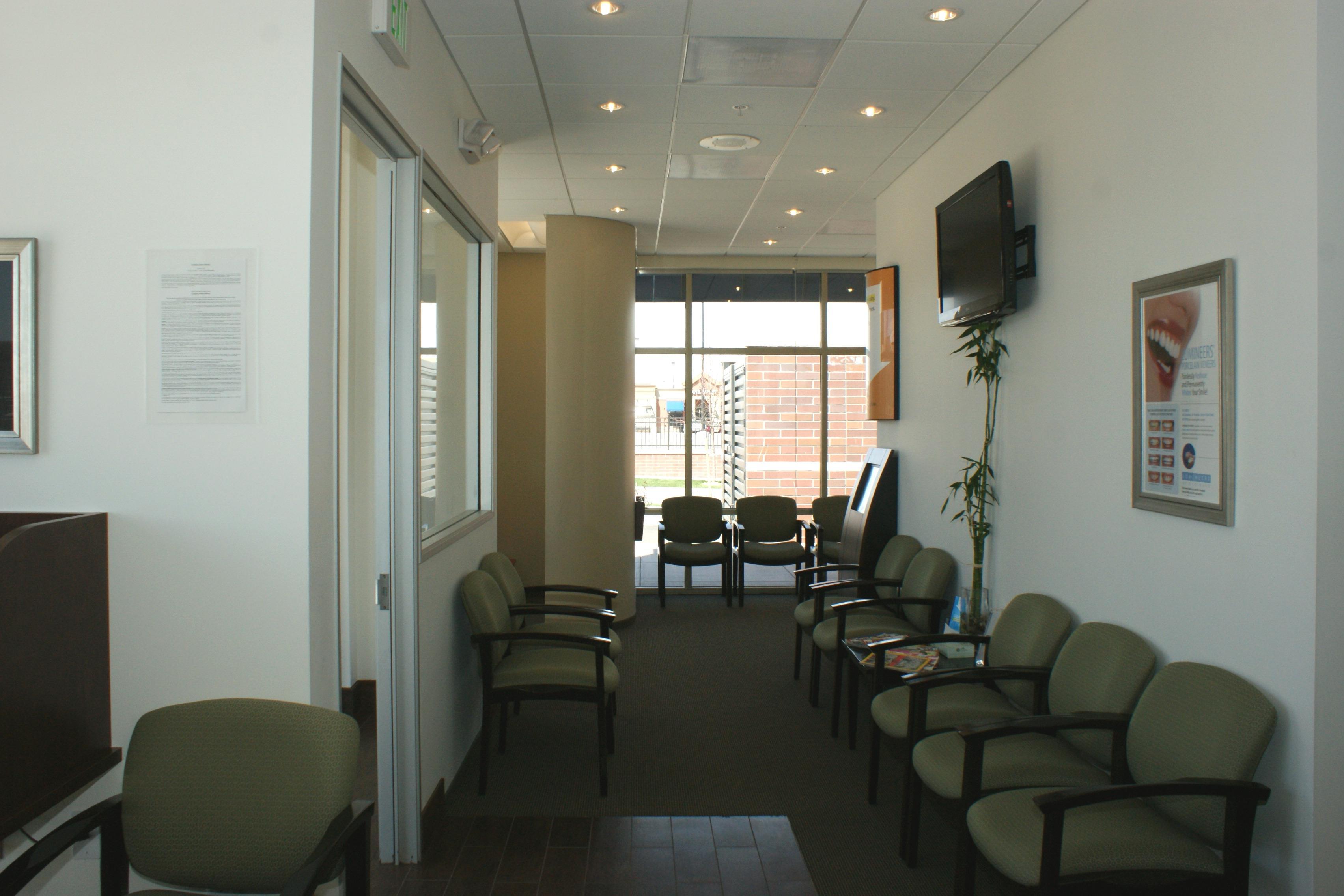 Southglenn Modern Dentistry image 4
