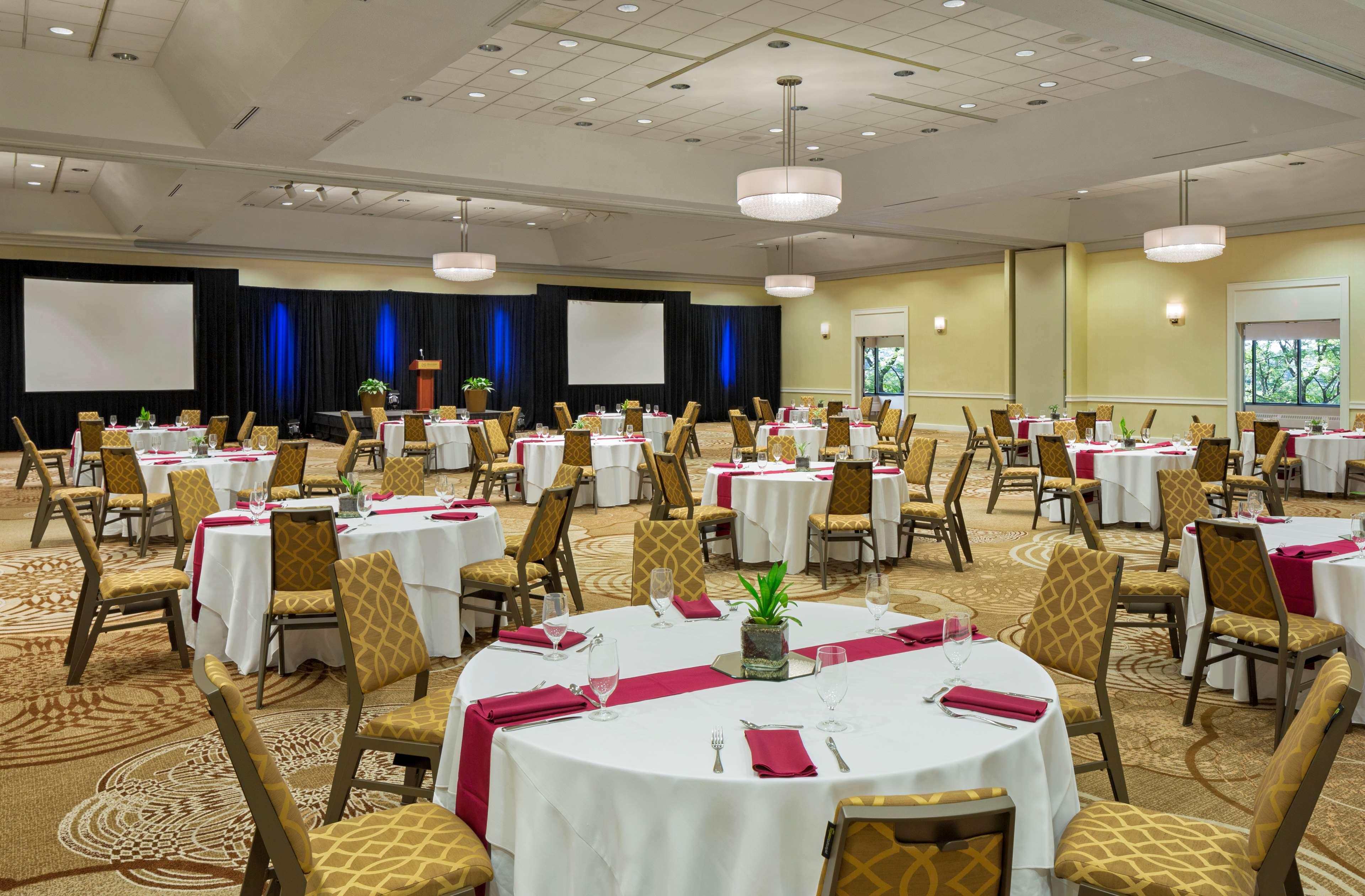 Sheraton Harrisburg Hershey Hotel image 15