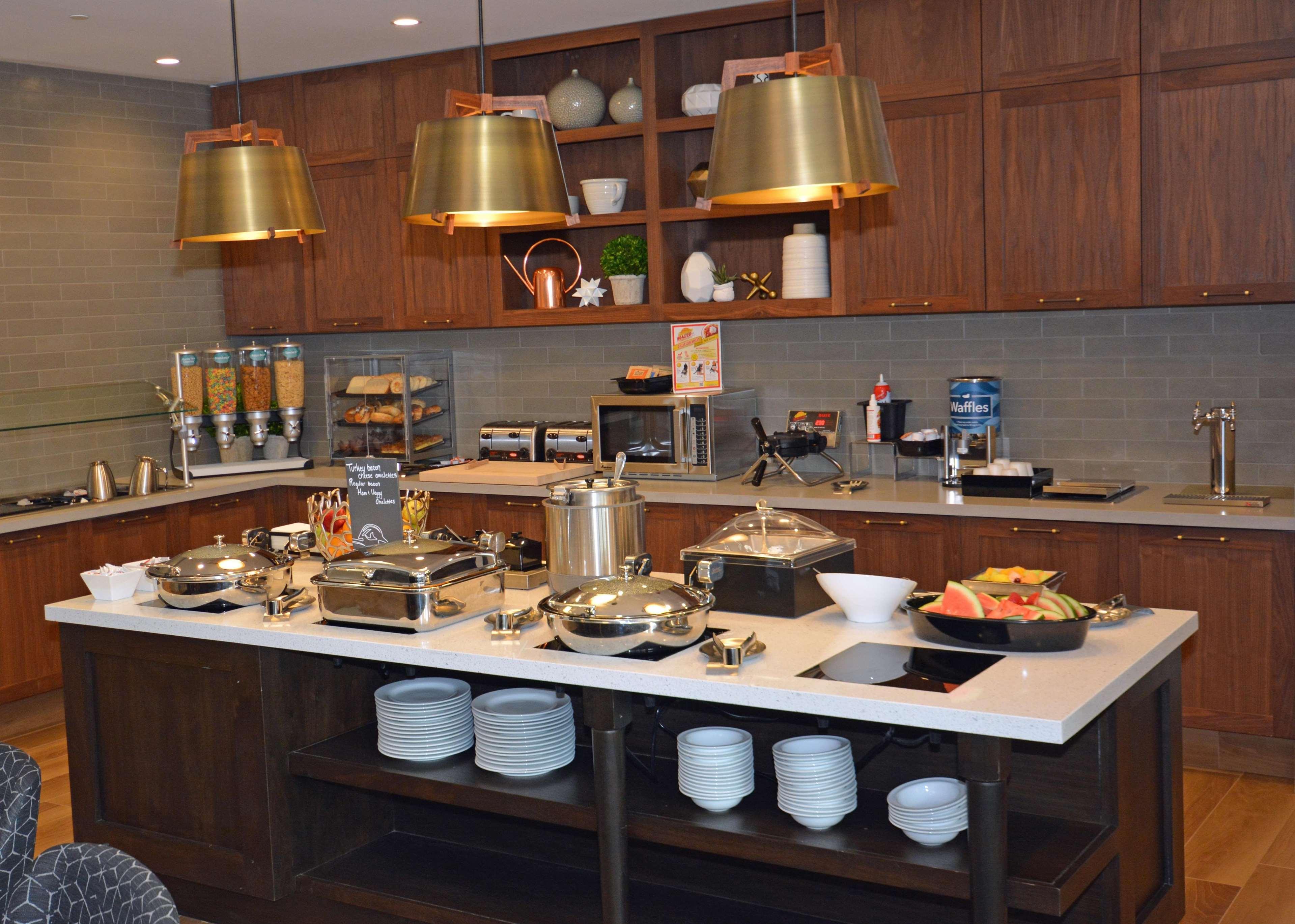 Homewood Suites by Hilton Saratoga Springs image 18