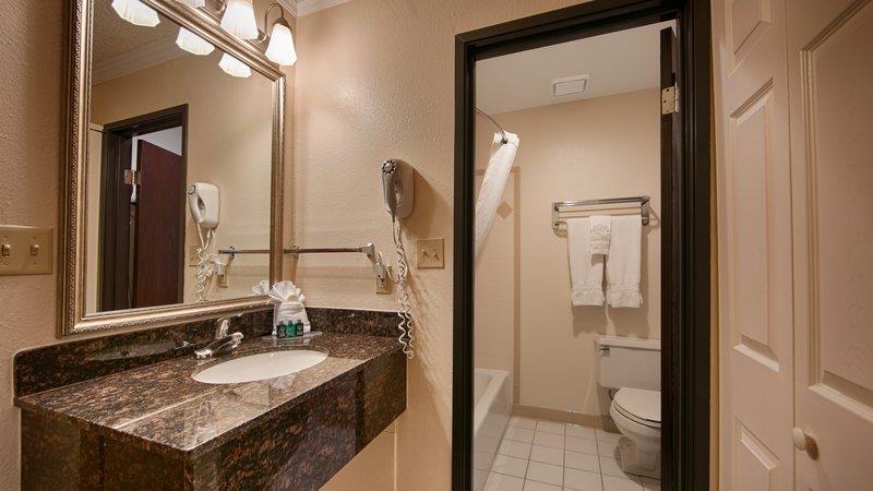 Best Western Airport Albuquerque Innsuites Hotel & Suites - ad image