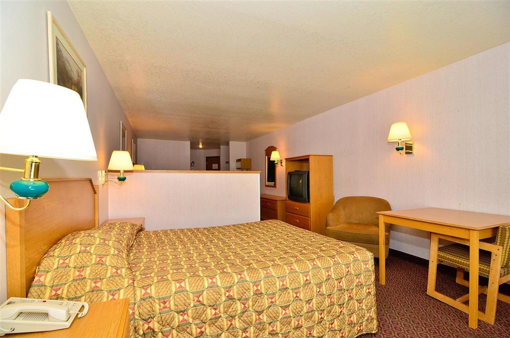 Americas Best Value Inn & Suites McCall image 12