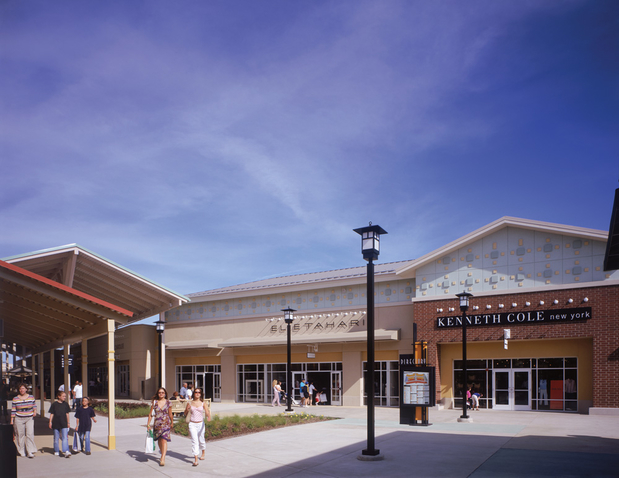 Oakley Vault store hours, phone number and map for the Chicago Premium Outlets location at Premium Outlet Blvd Suite , Illinois, Aurora,