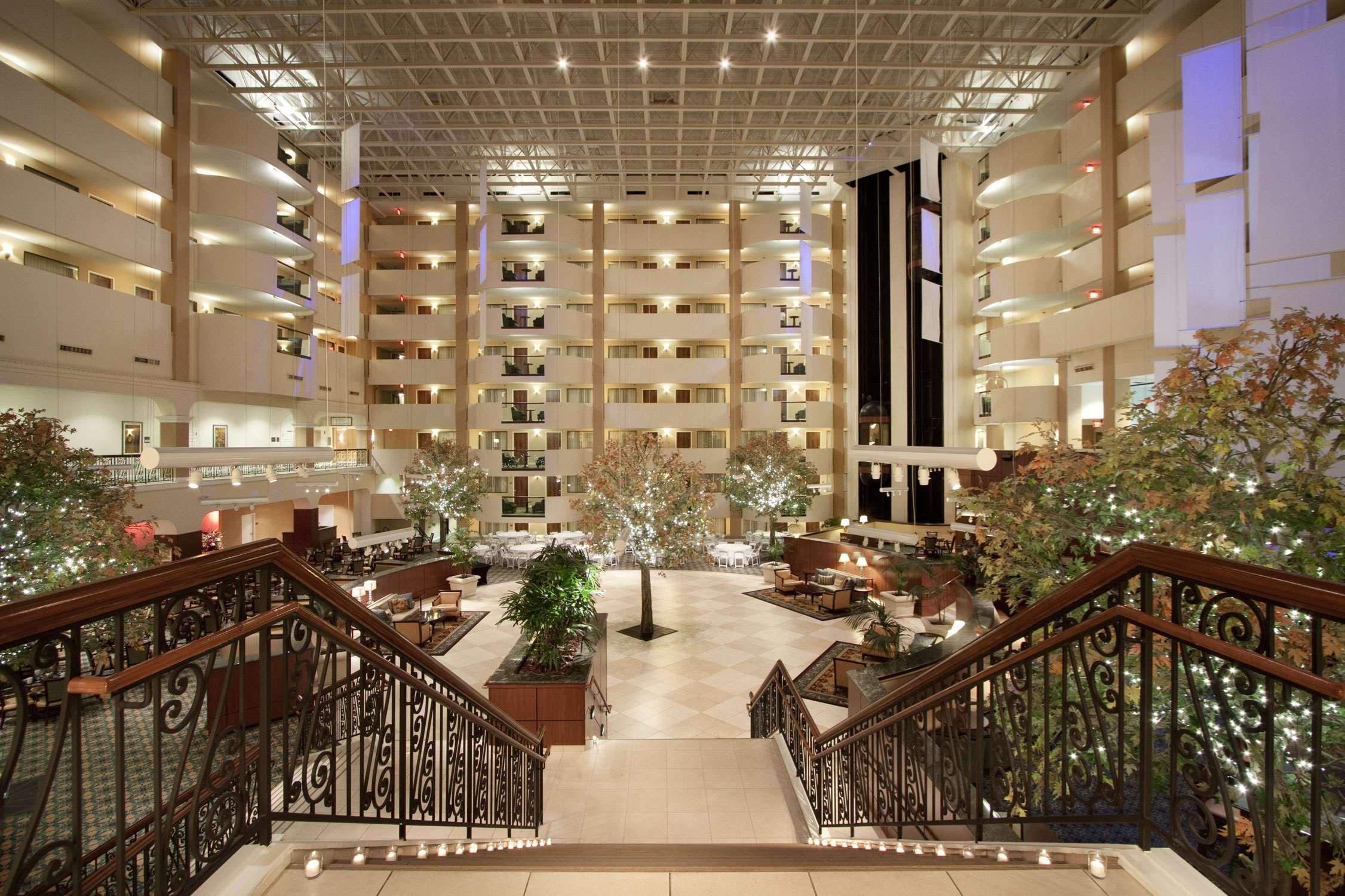 Hilton Washington DC/Rockville Hotel & Executive Meeting Ctr image 5