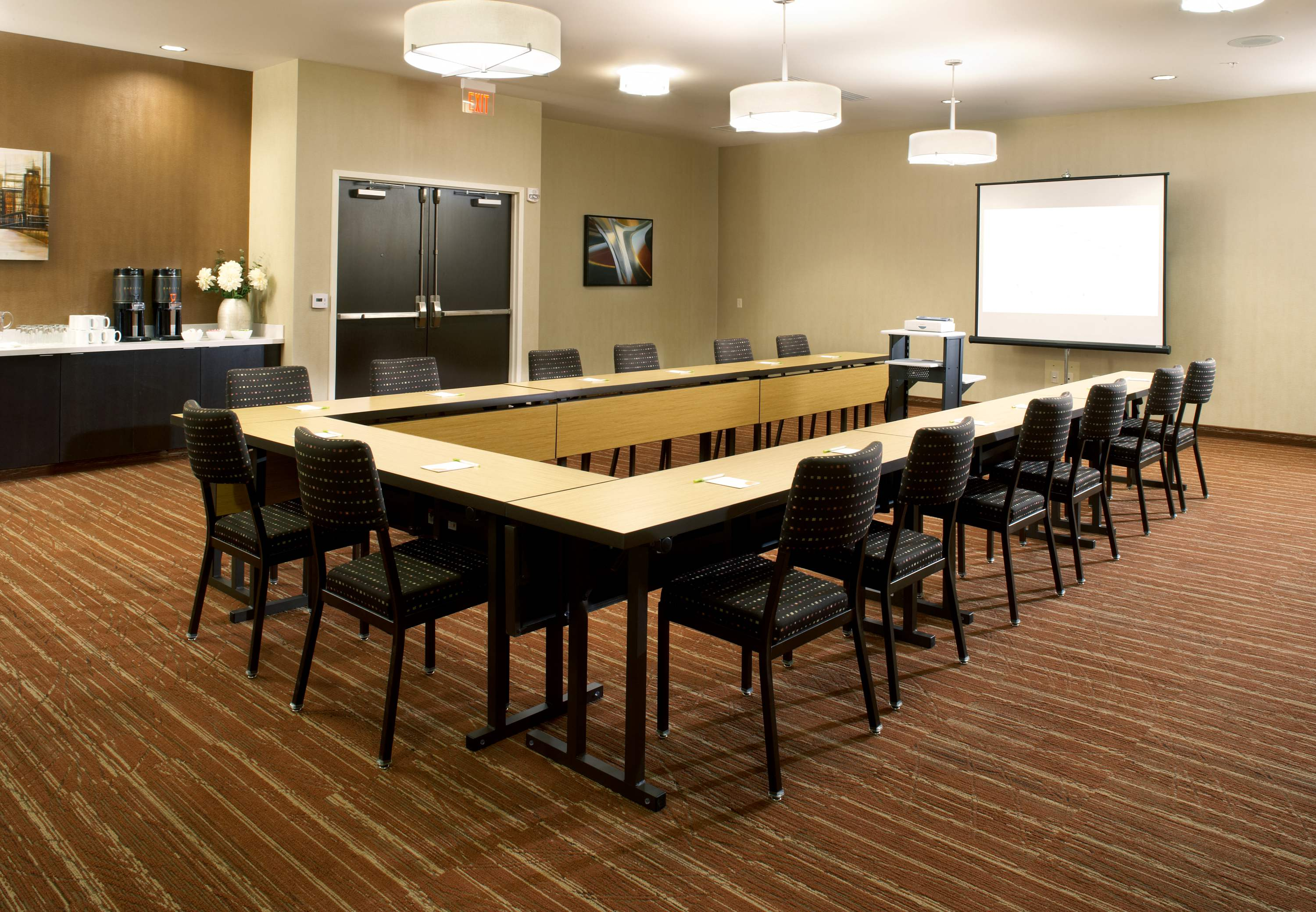 Courtyard by Marriott Pittsburgh Airport Settlers Ridge image 20