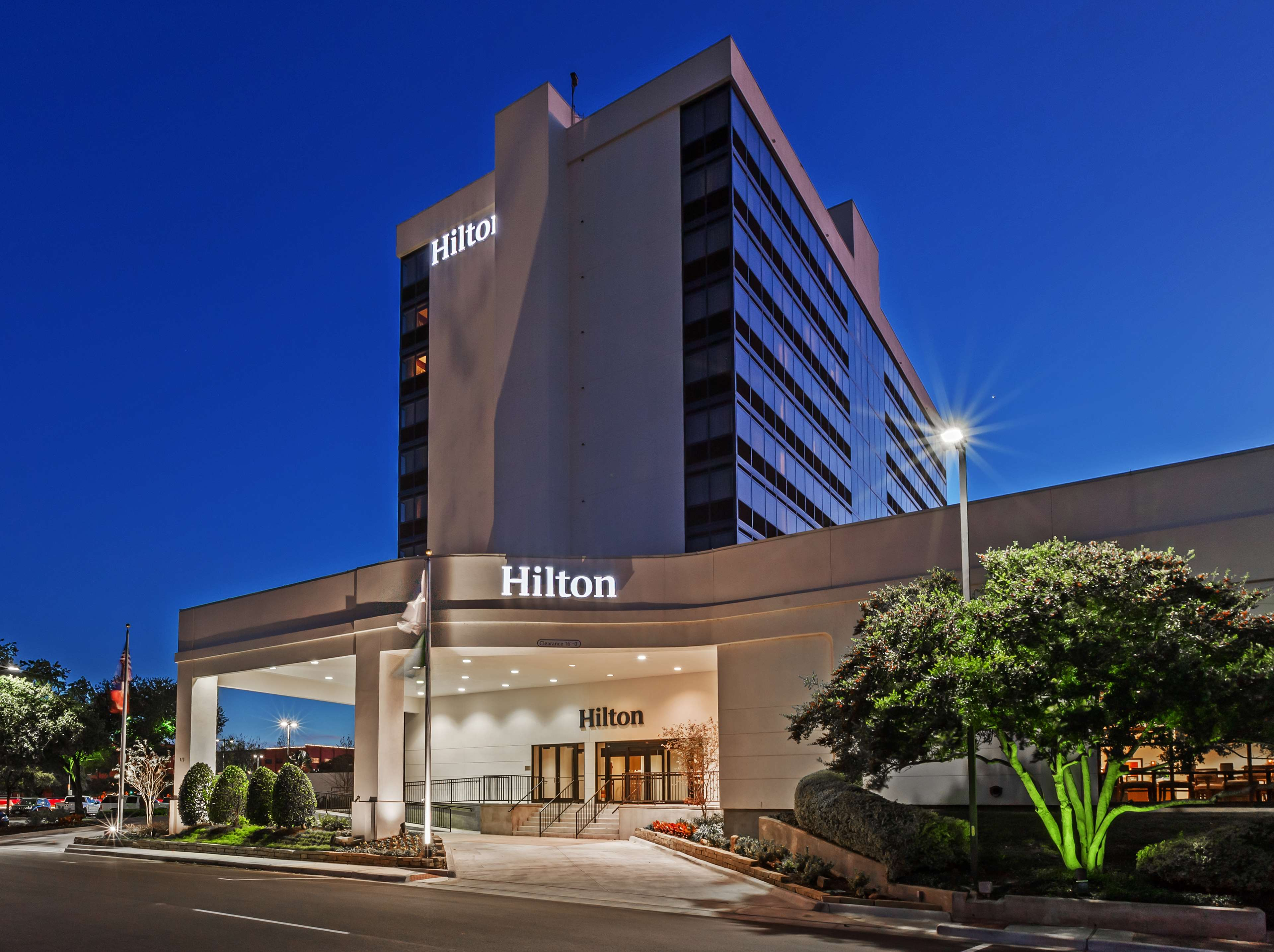 Hilton Waco image 6