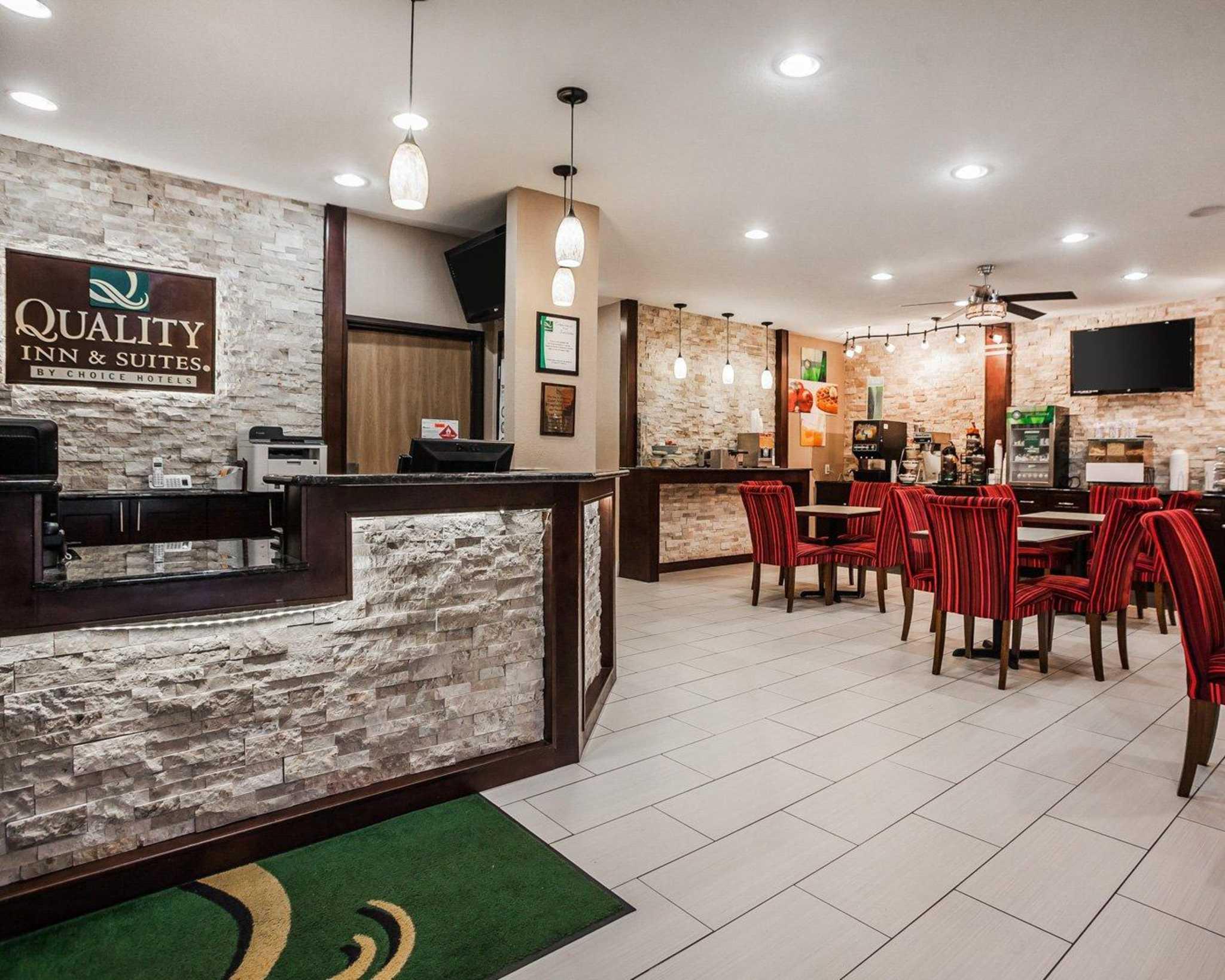 Quality Inn & Suites Des Moines Airport image 17