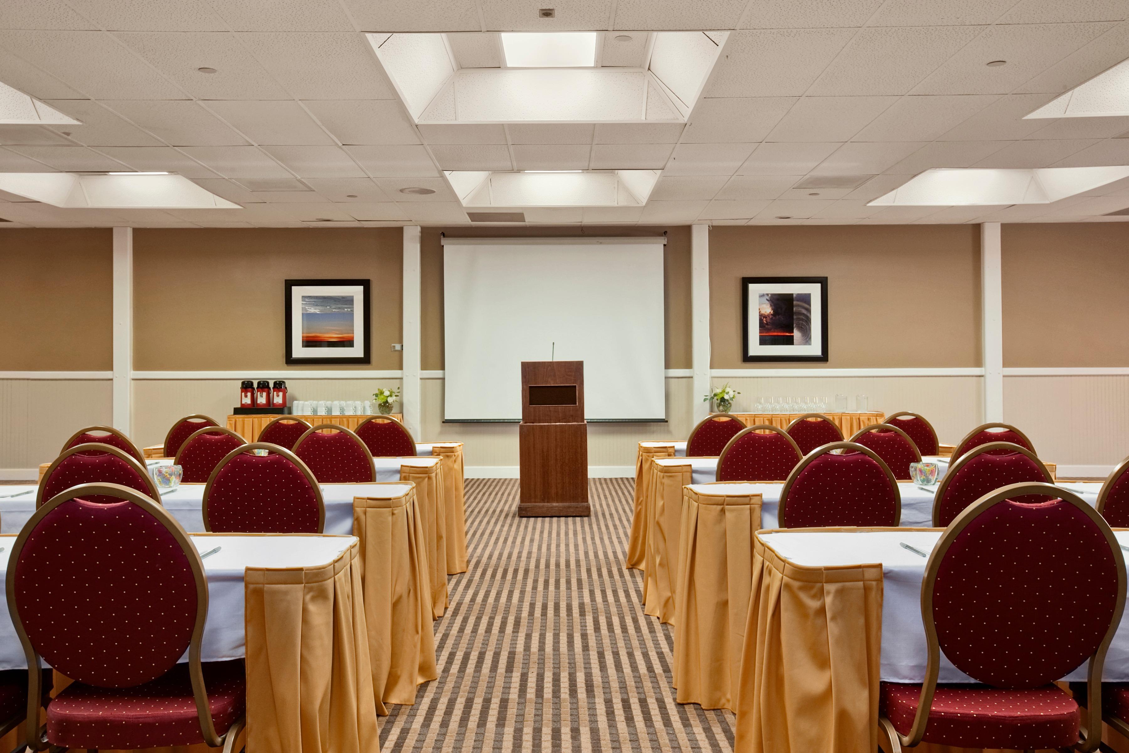 SeaCrest OceanFront Hotel image 6