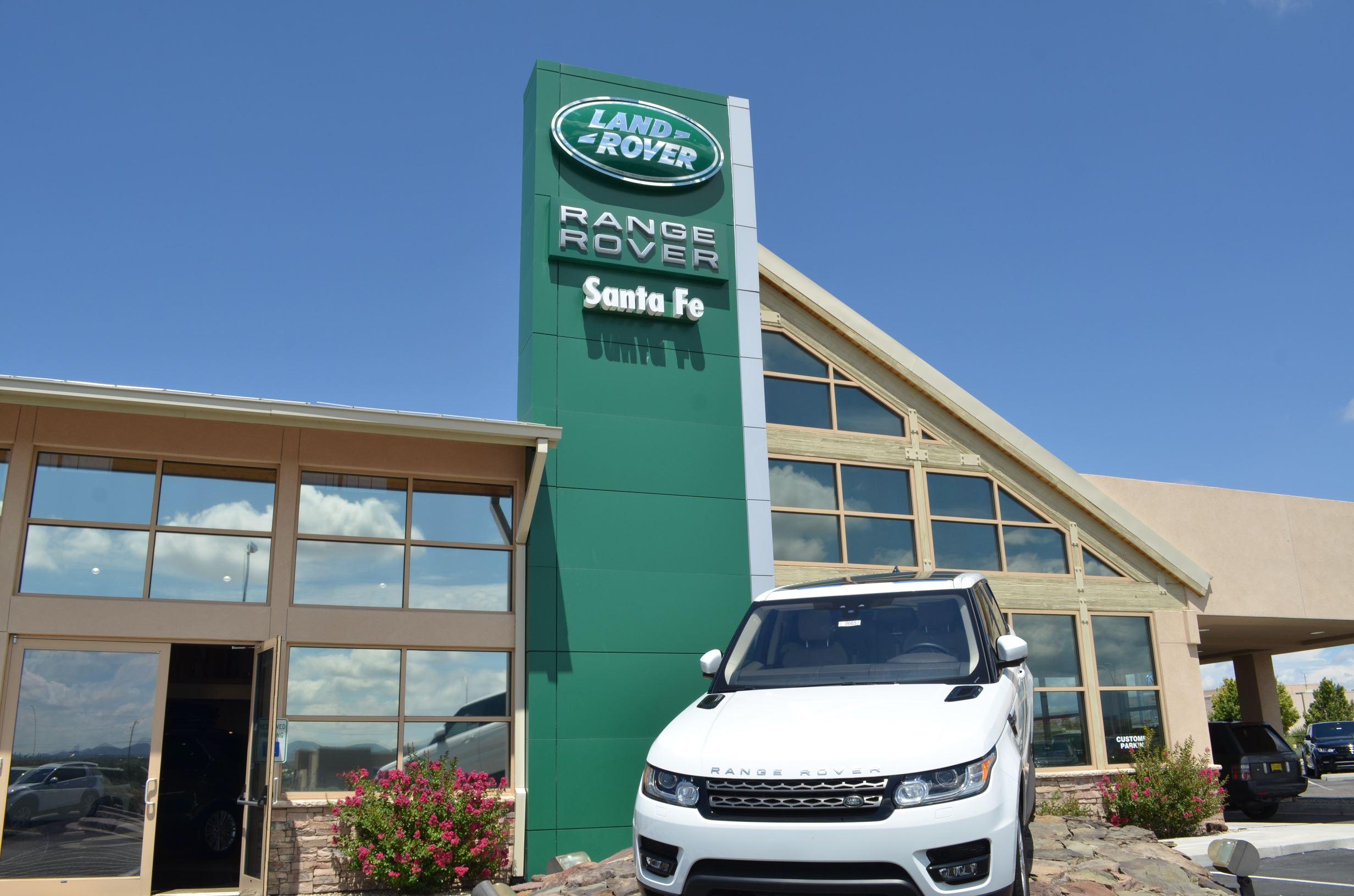 Land Rover Santa Fe image 1