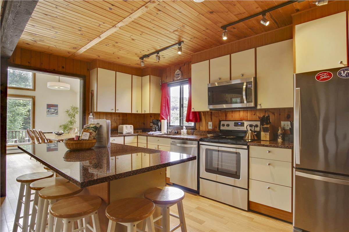 Stowe Country Homes image 12