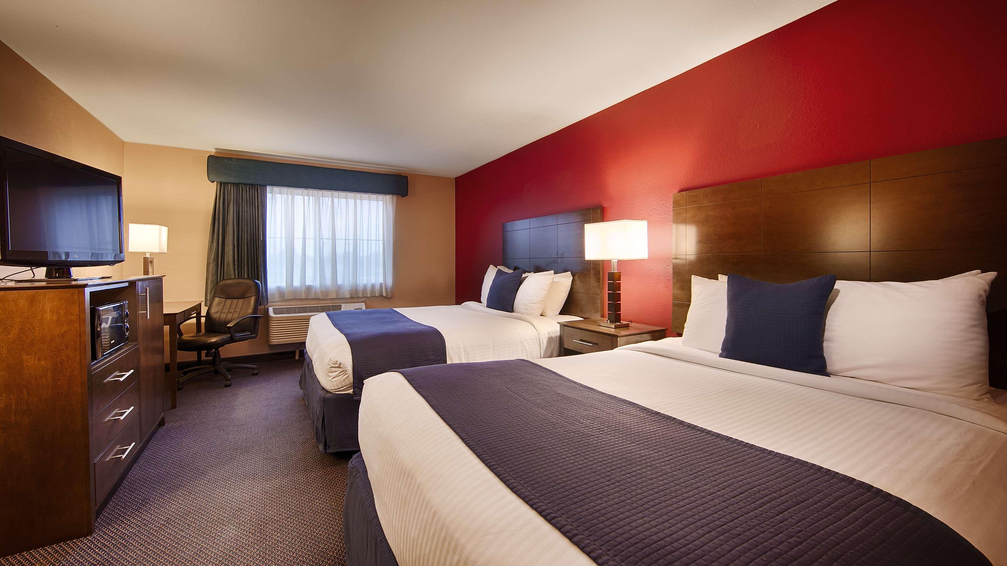 Best Western Plus Brandywine Inn & Suites image 9