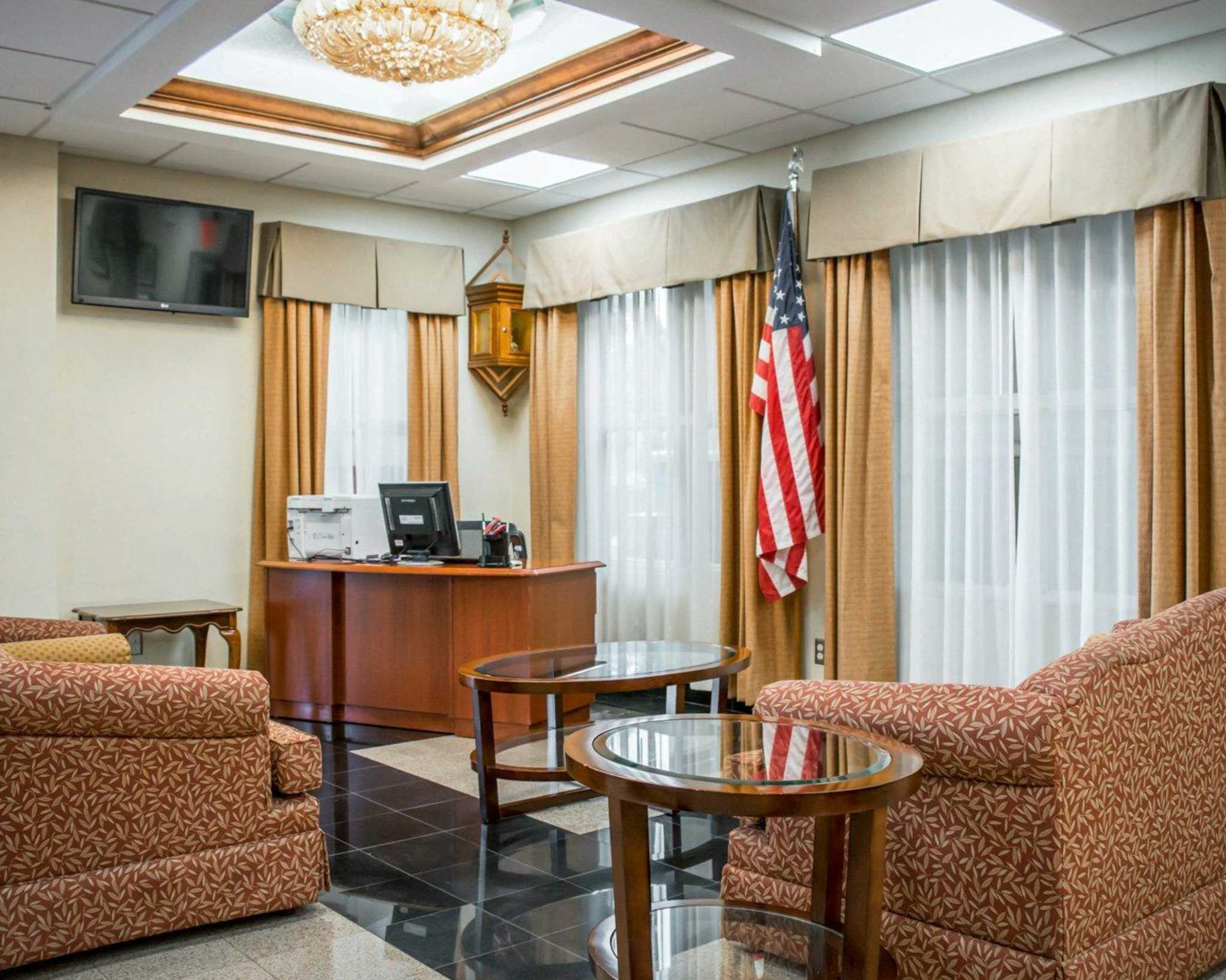 Quality Inn Airport - Cruise Port image 37