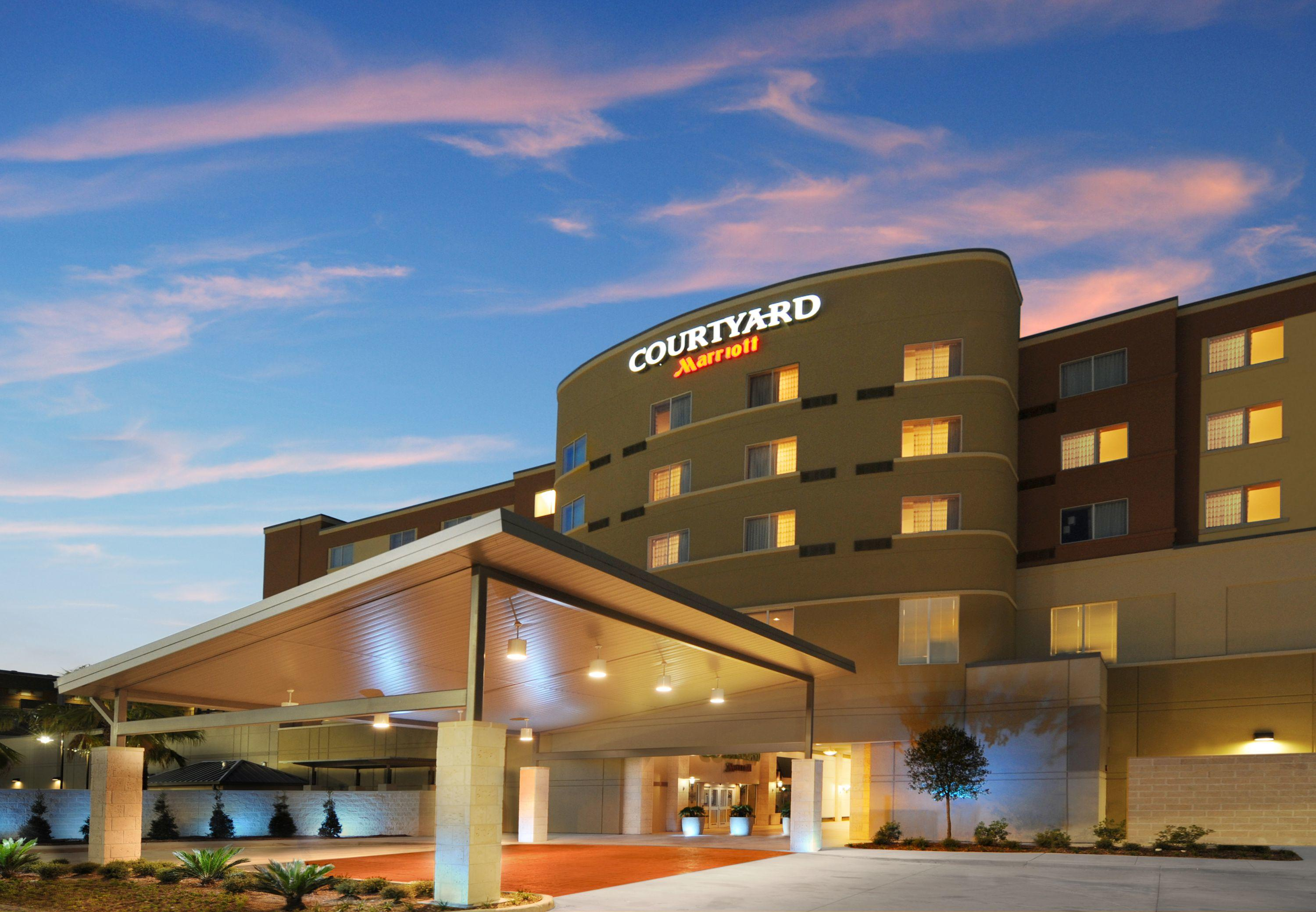 Courtyard by Marriott Houston Pearland image 9