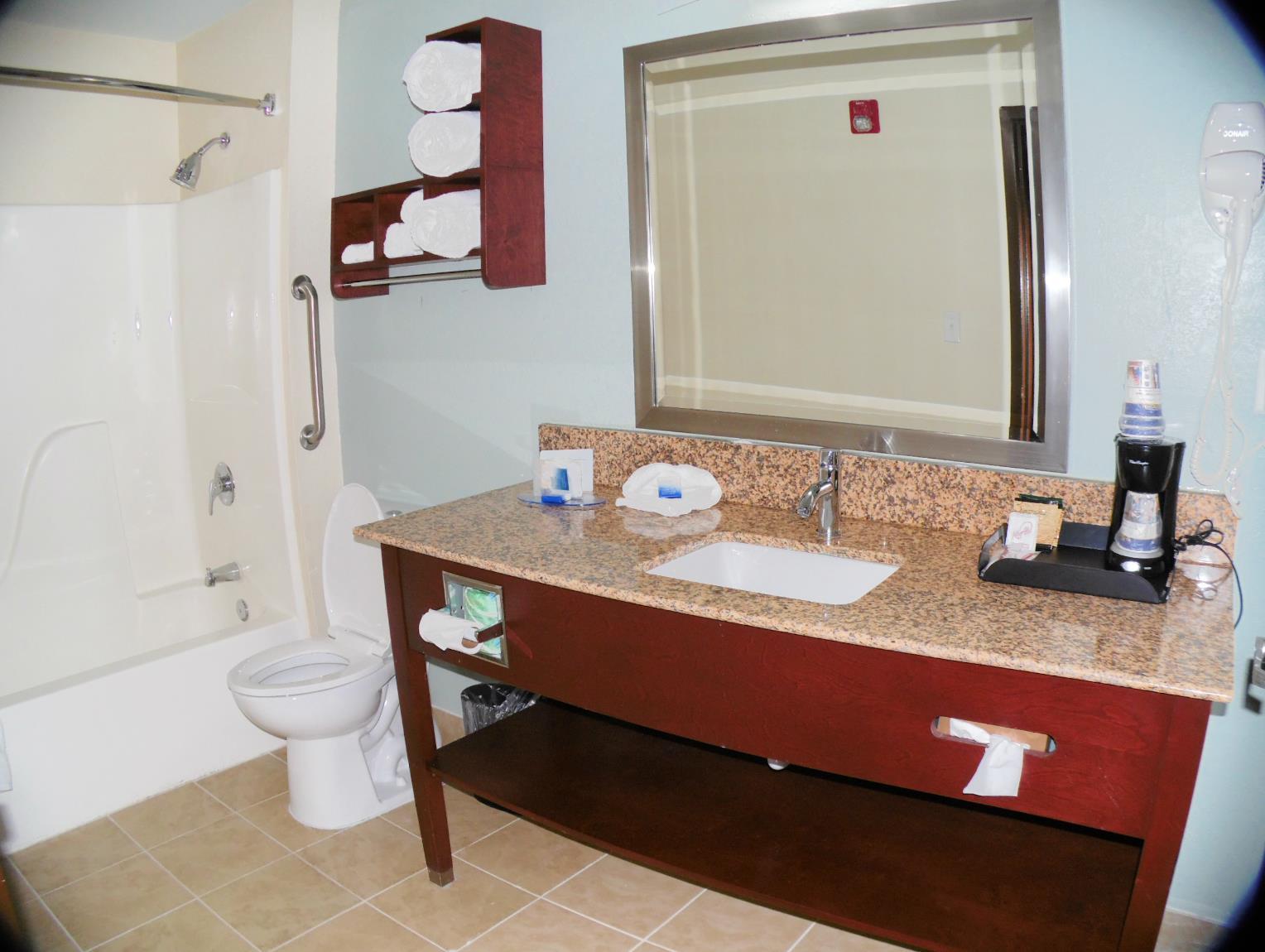 Best Western Plus Elizabeth City Inn & Suites image 19