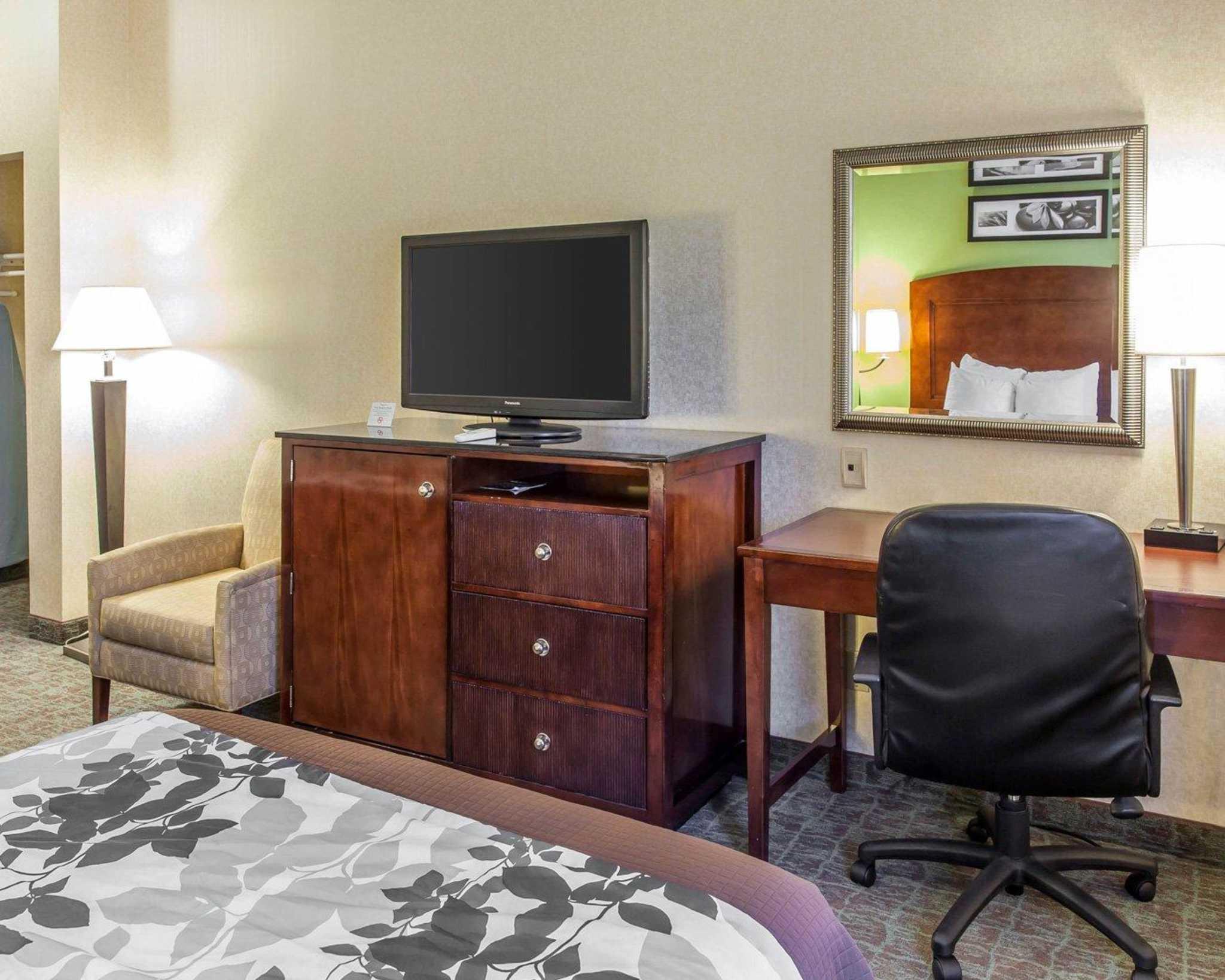 Sleep Inn & Suites Upper Marlboro near Andrews AFB image 23