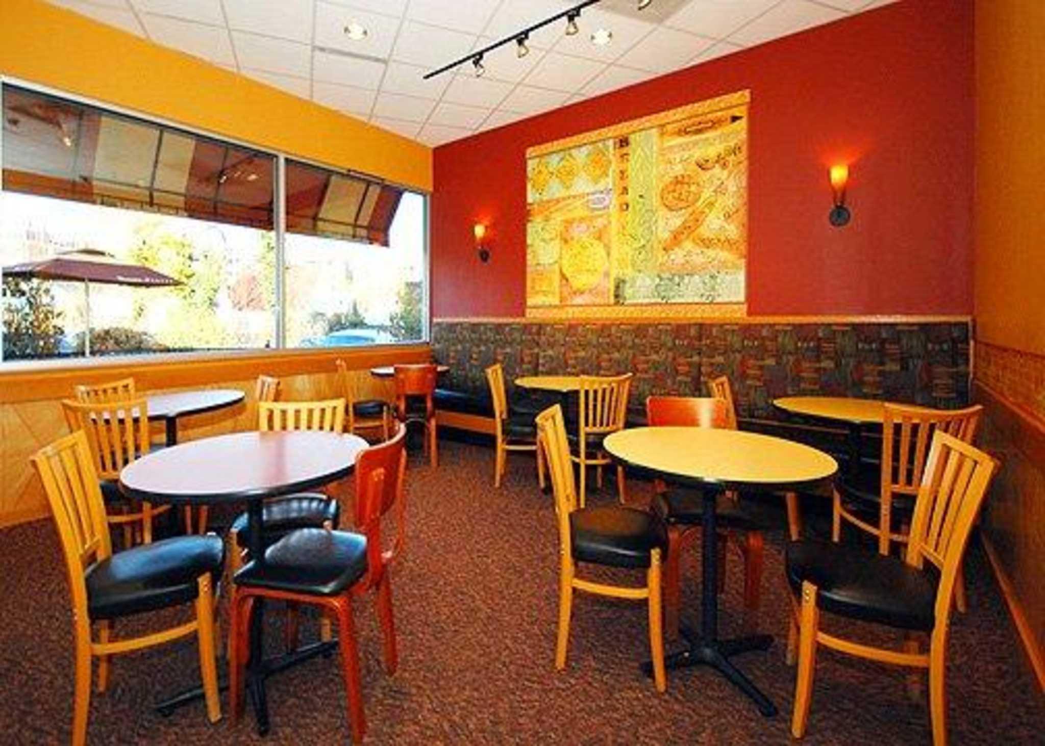 Quality Inn University Center image 28