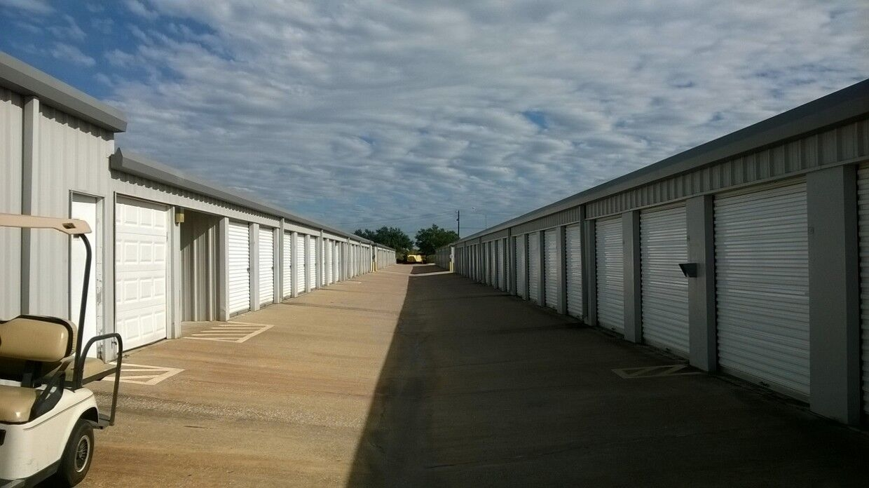 All Seasons Storage Centers image 1