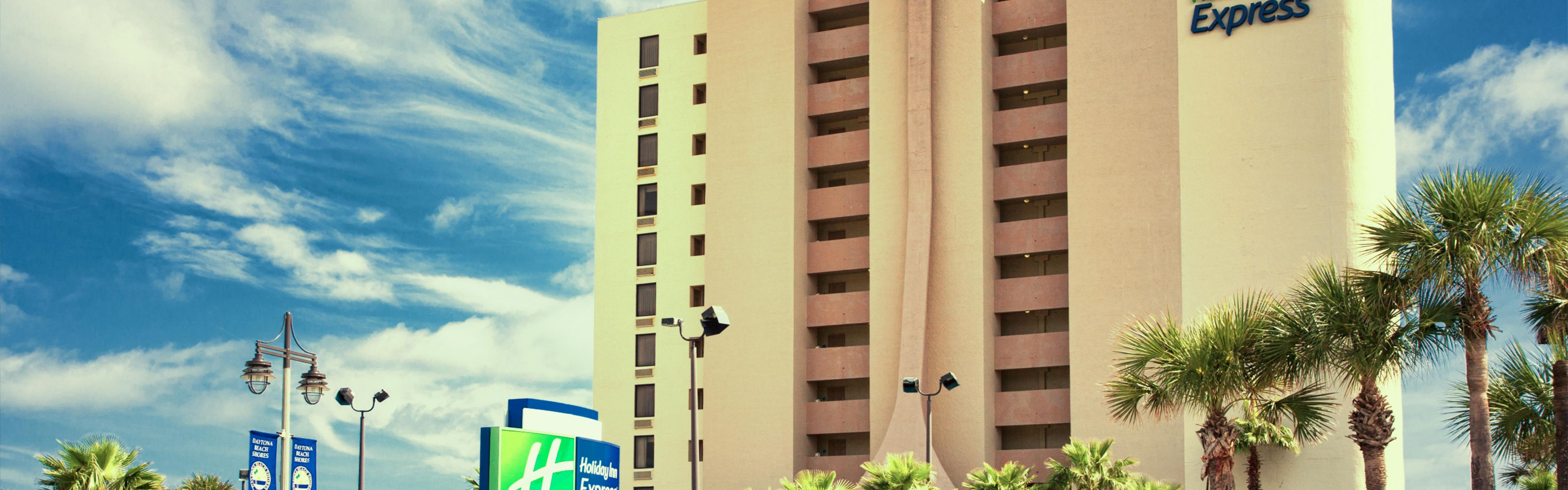 Holiday Inn Express & Suites Oceanfront Daytona Bch Shores image 0