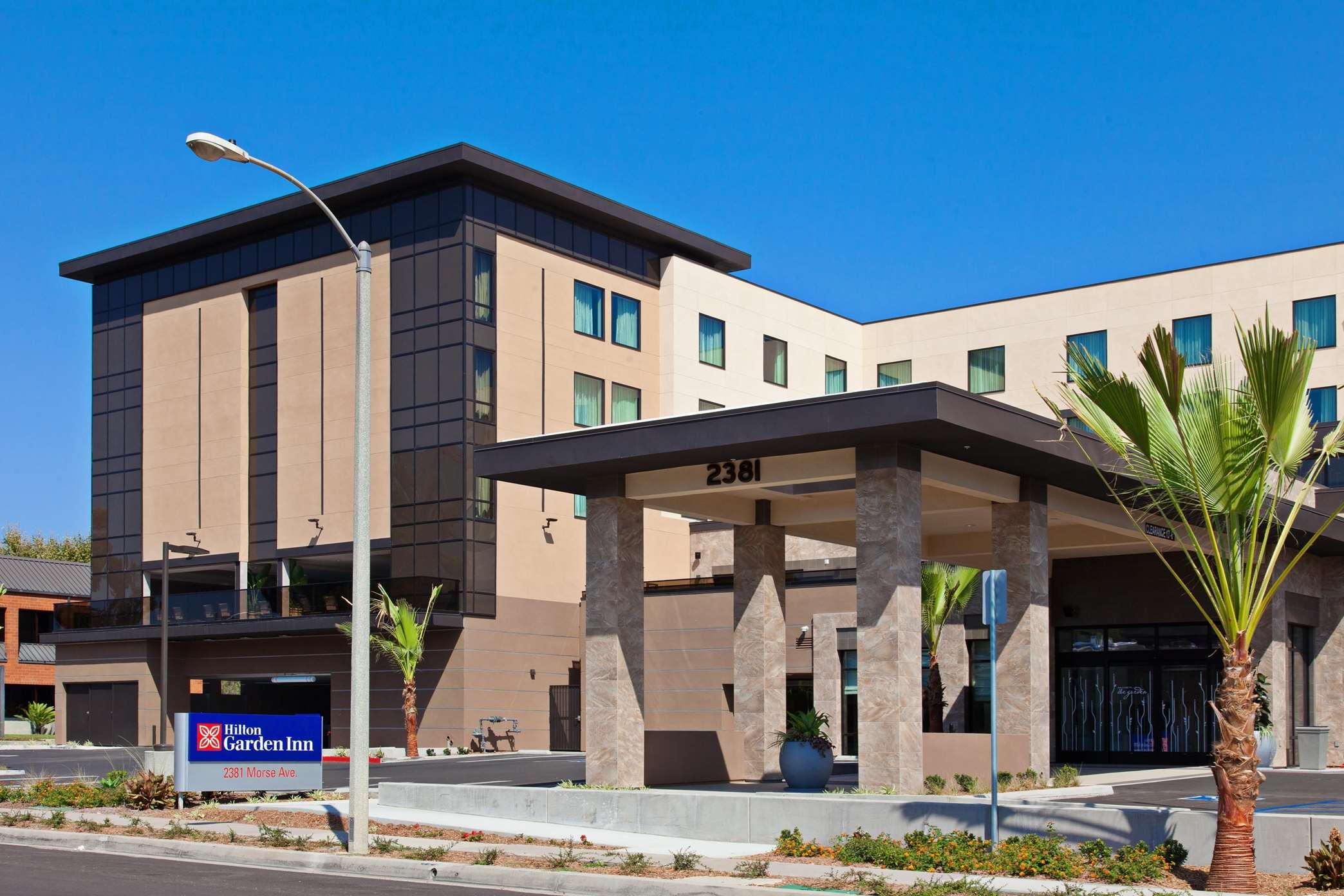 Hilton Garden Inn Irvine/Orange County Airport image 1