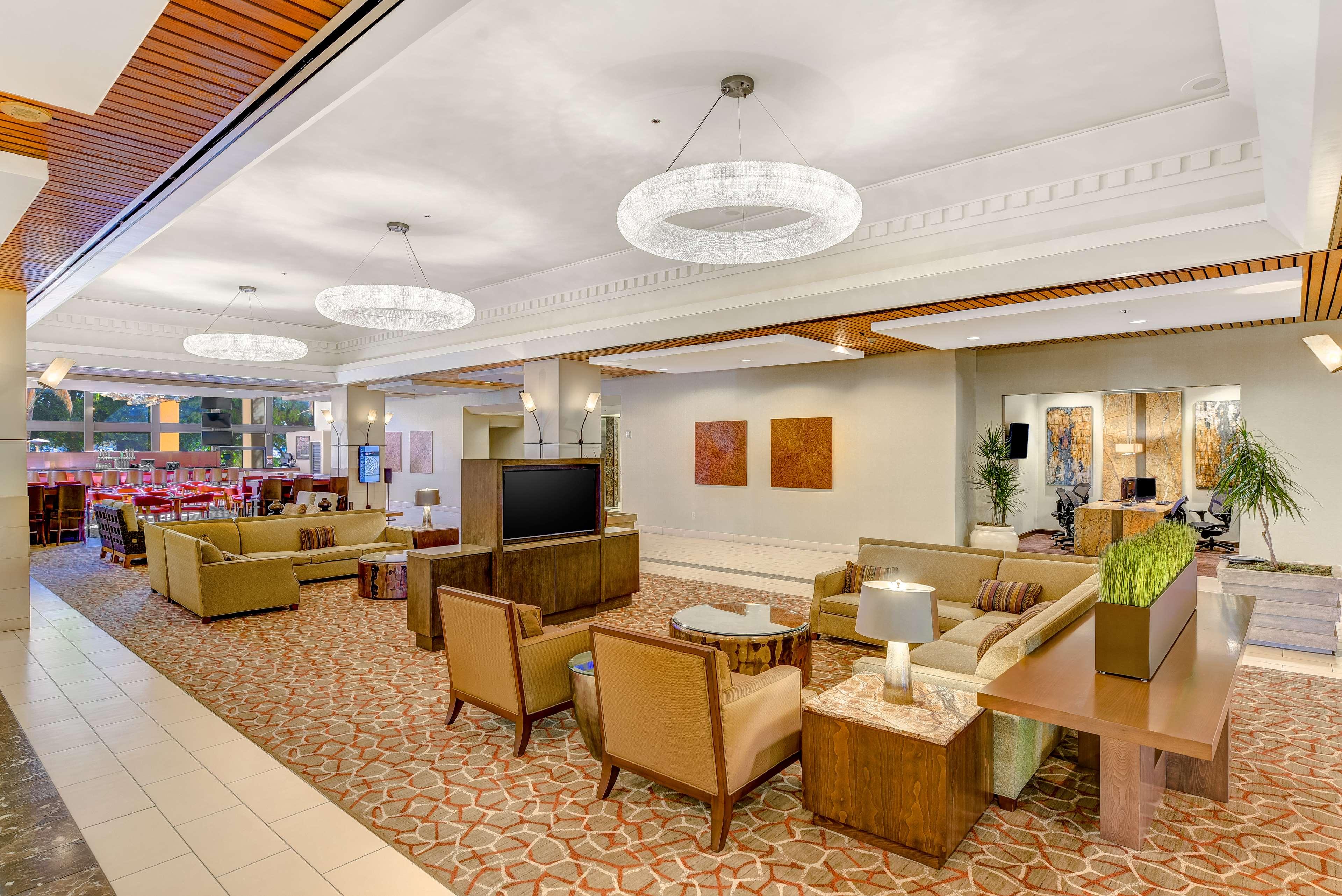 DoubleTree by Hilton Hotel Anaheim - Orange County image 14