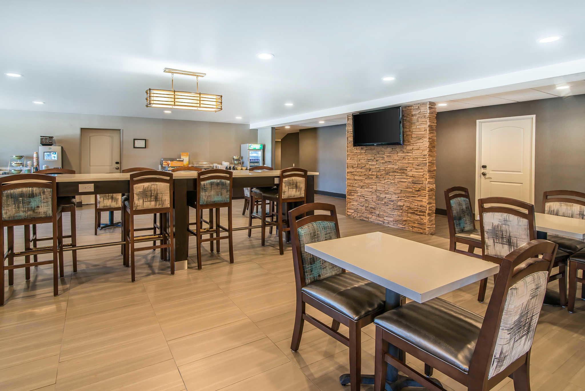 Quality Inn & Suites - Ruidoso Hwy 70 image 25