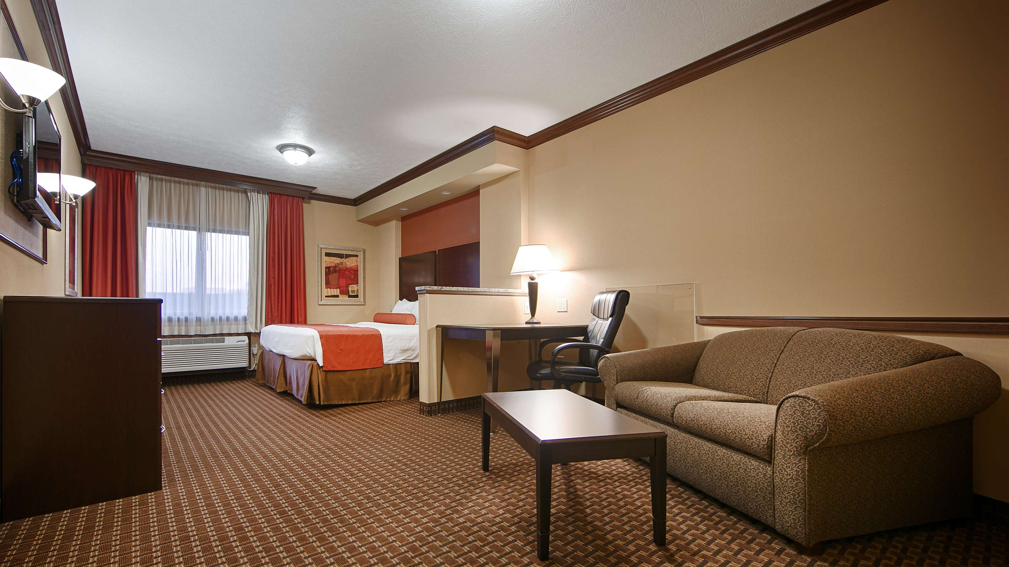 Best Western Plus North Canton Inn & Suites image 16