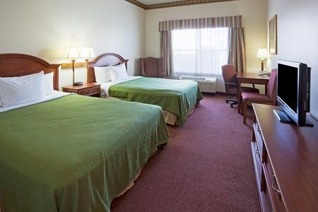 Country Inn & Suites by Radisson, Coralville, IA image 2