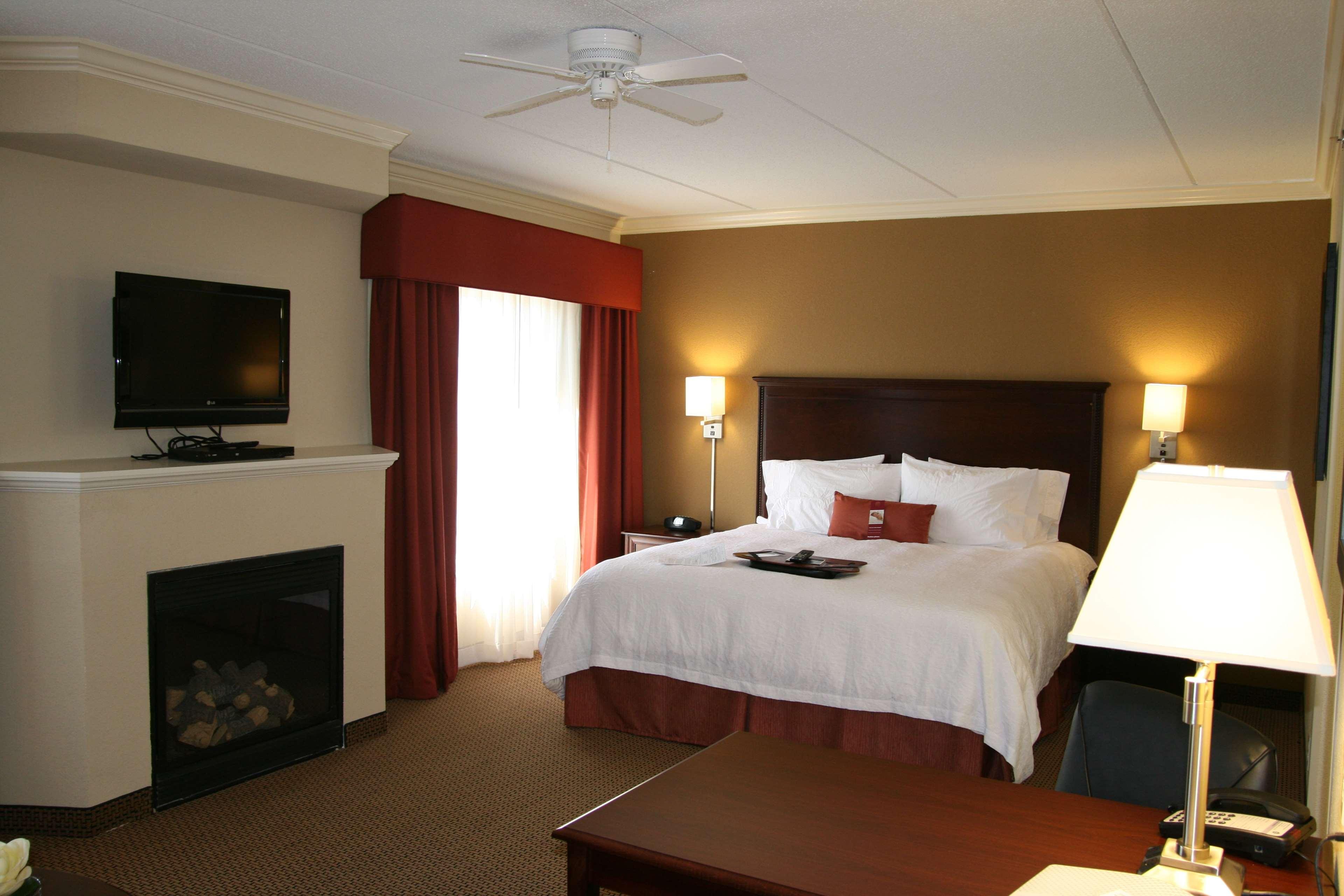Hampton Inn & Suites Lanett-West Point image 21