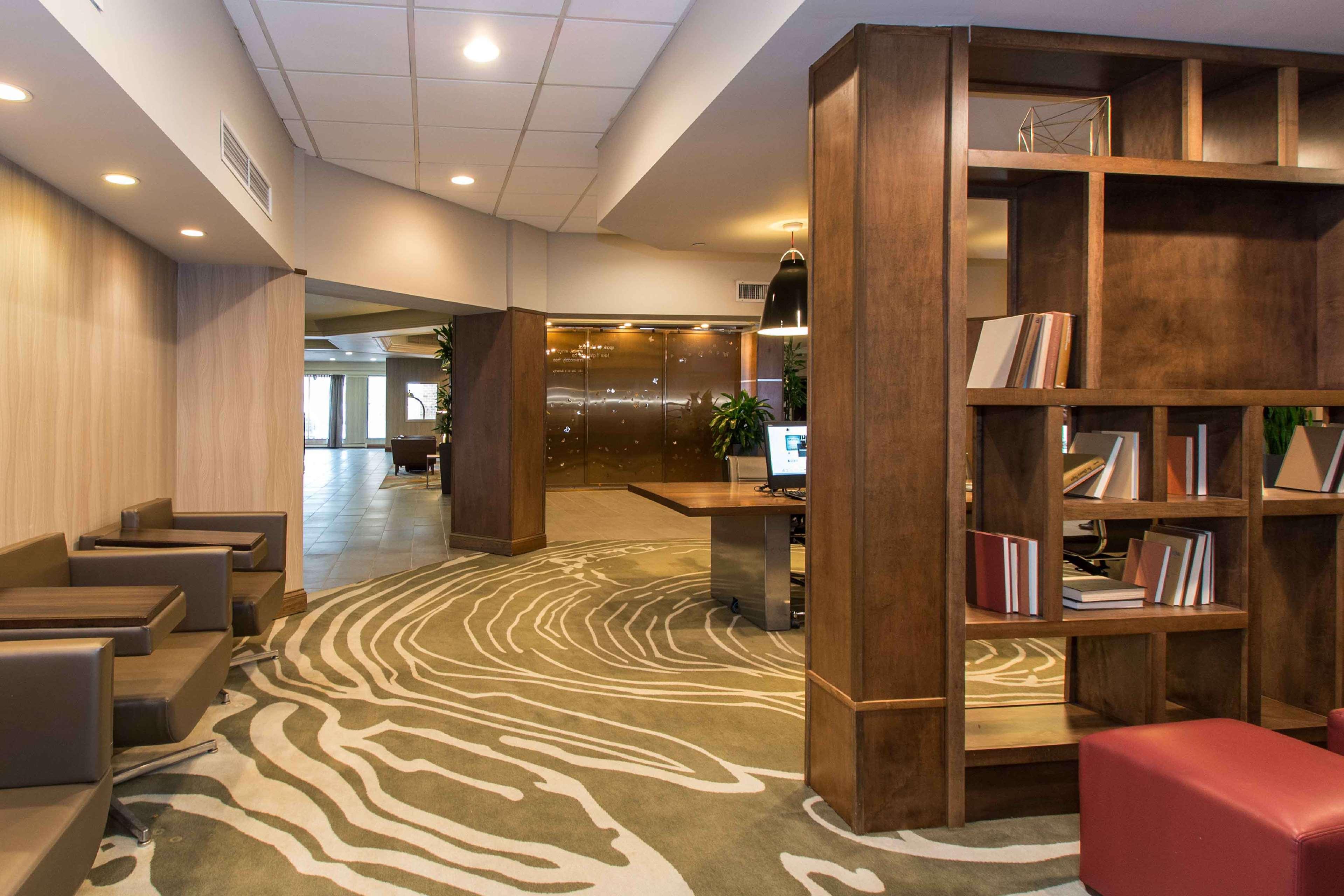 DoubleTree by Hilton Hotel Cleveland East Beachwood image 3