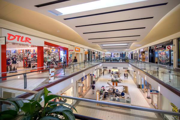 Cumberland Mall image 9