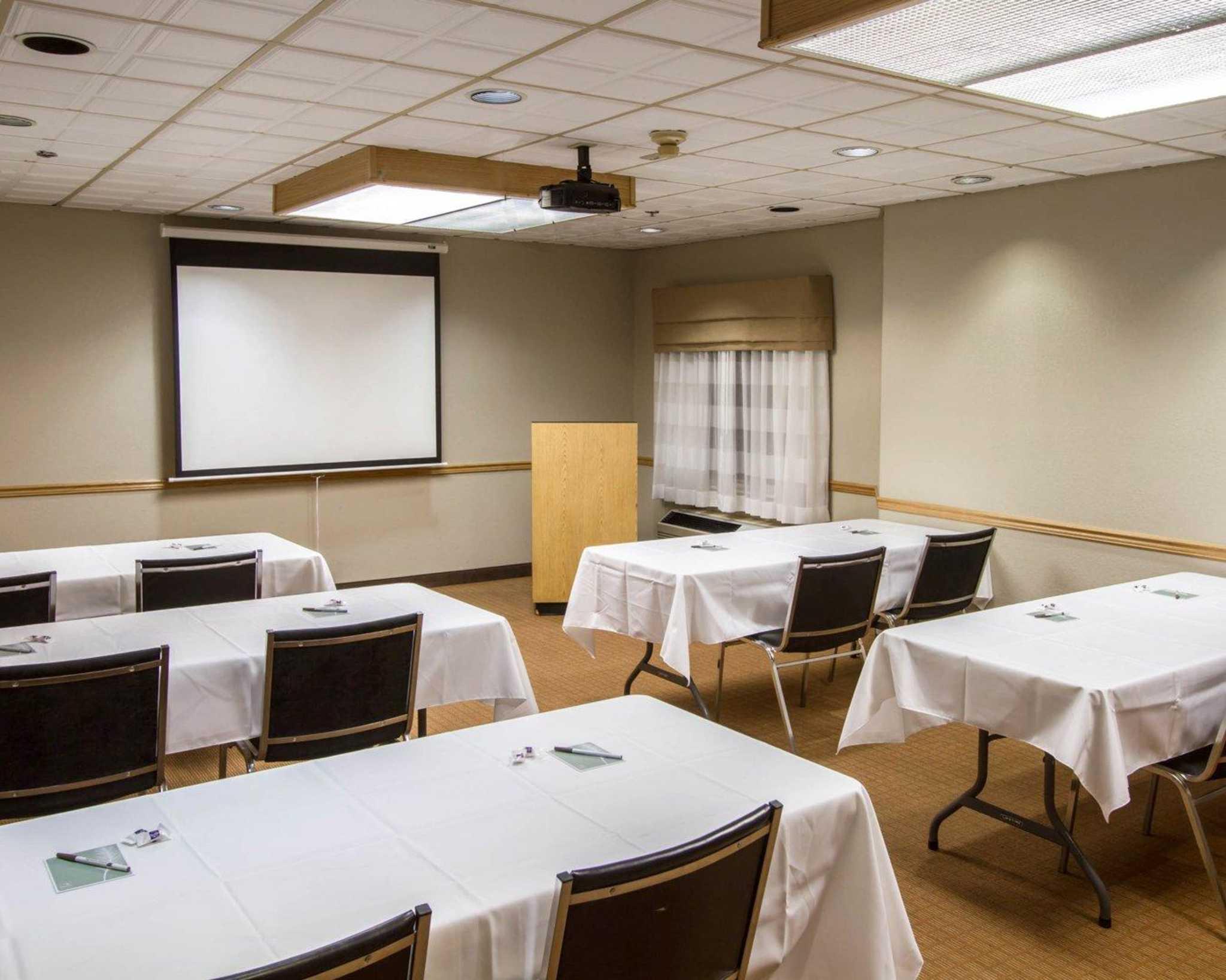 Sleep Inn & Suites Buffalo Airport image 16
