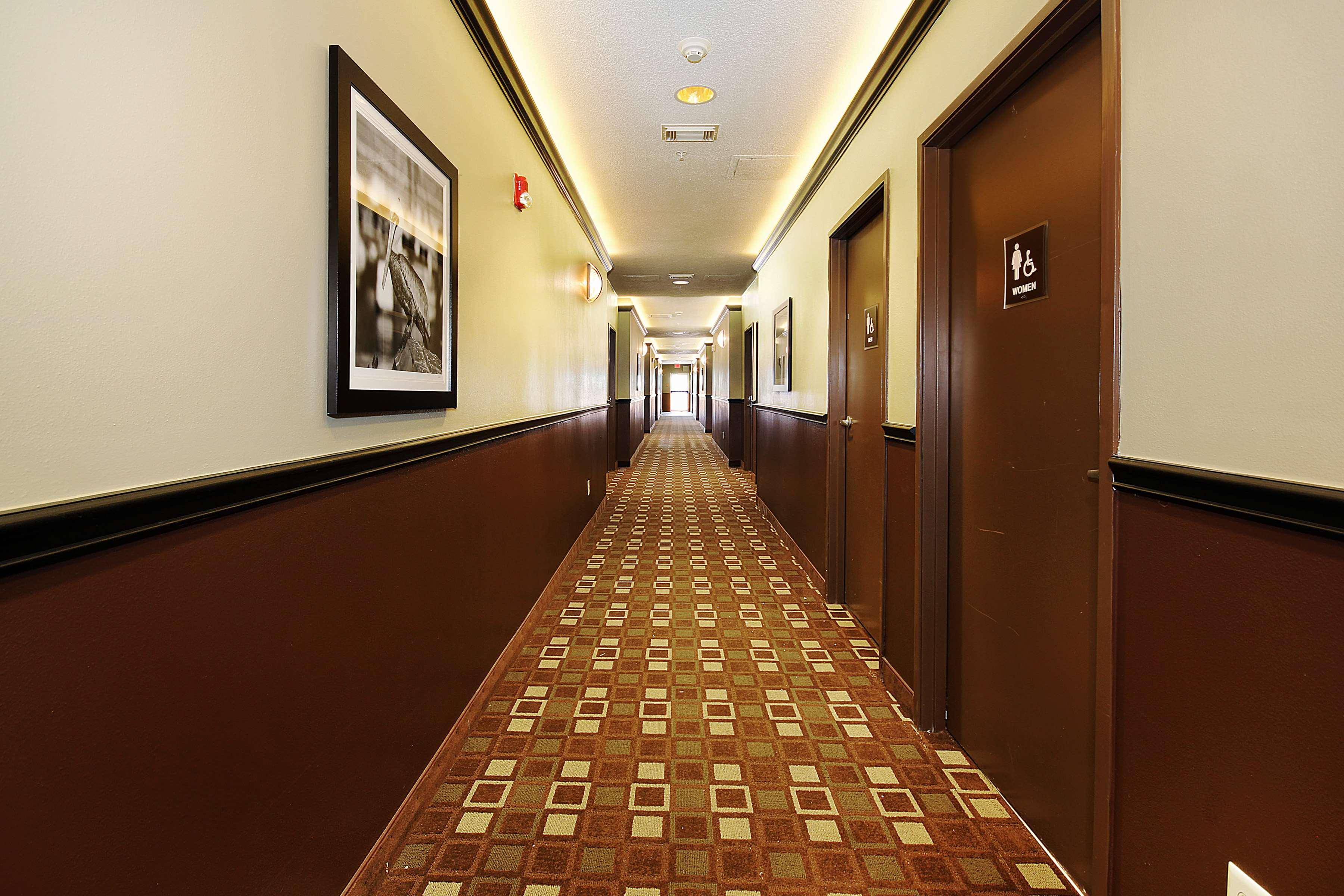 Best Western Plus Seawall Inn & Suites by the Beach image 20