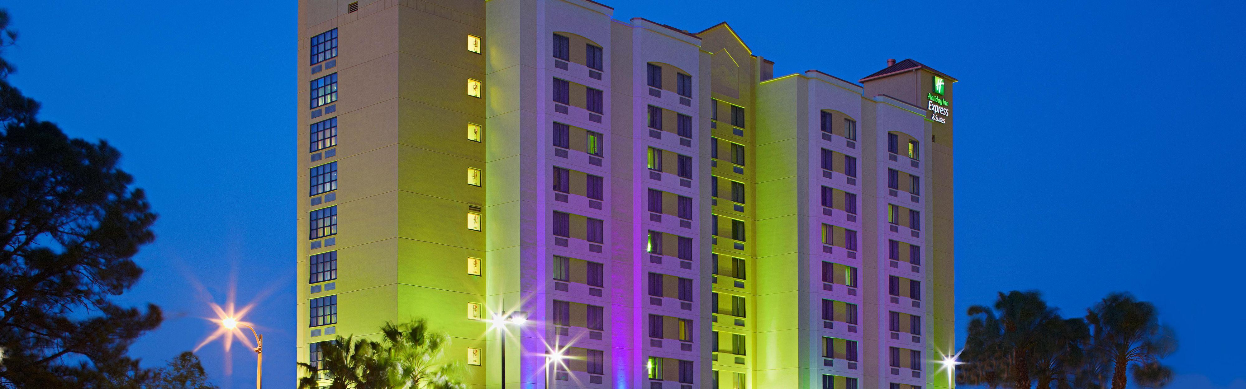 Holiday Inn Express & Suites Nearest Universal Orlando image 0