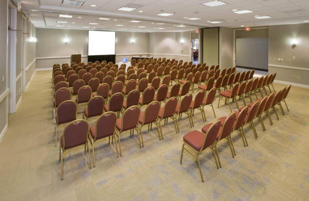 Embassy Suites by Hilton Detroit Troy Auburn Hills image 33