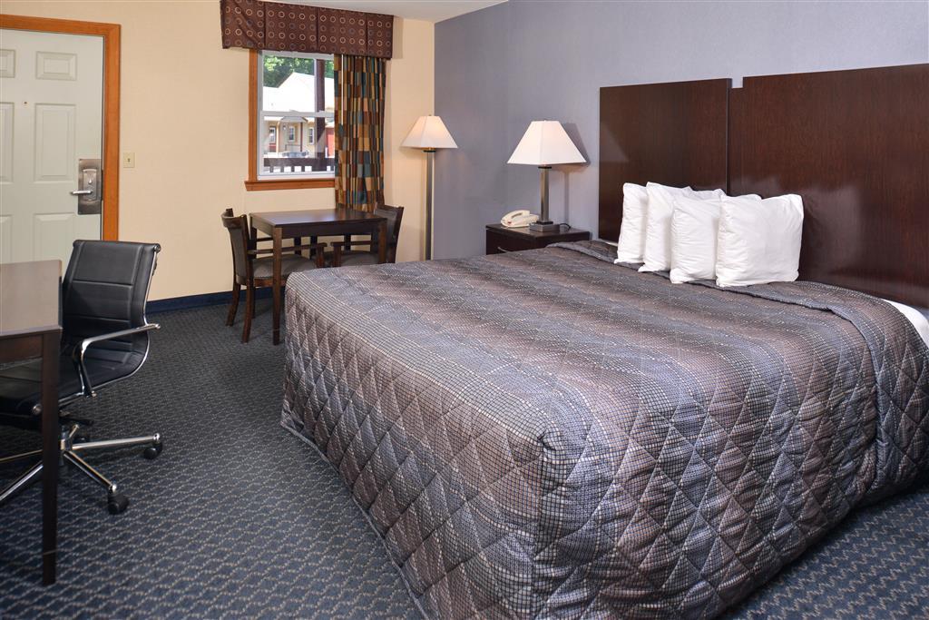 Americas Best Value Inn - Danbury image 8