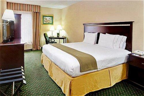 Holiday Inn Express Memphis Medical Center Midtown image 3
